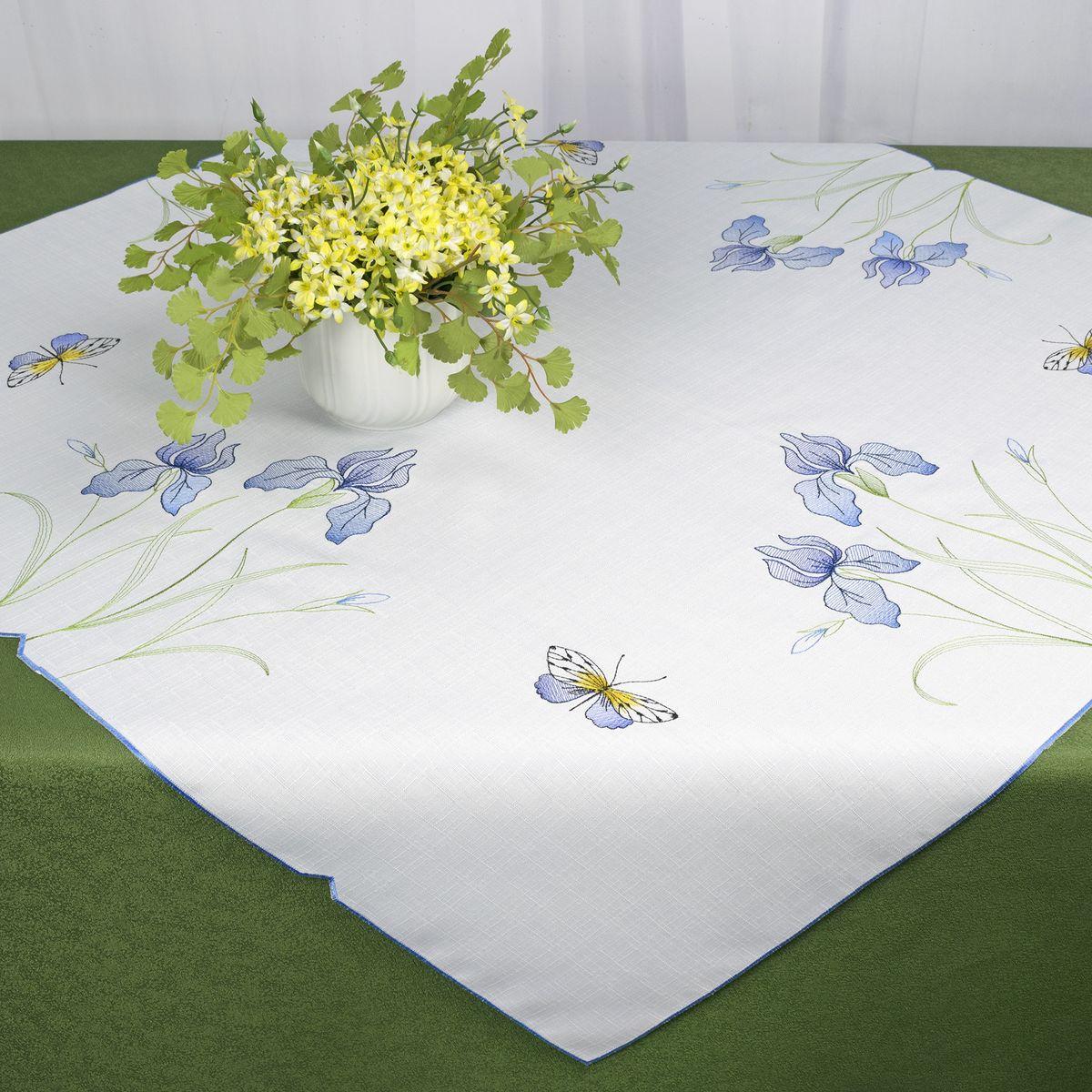 Скатерть Schaefer, квадратная, цвет: белый, 85 x 85 см. 07709-10007709-100Стильная скатерть Schaefer, выполненная из полиэстера, украшена вышивкой. Вышивка дает эффект объема за счет направления стежков при вышивании.Изделия из полиэстера легко стирать: они не мнутся, не садятся и быстро сохнут, они более долговечны, чем изделия из натуральных волокон.Немецкая компания Schaefer создана в 1921 году. На протяжении всего времени существования она создает уникальные коллекции домашнего текстиля для гостиных, спален, кухонь и ванных комнат. Дизайнерские идеи немецких художников компании Schaefer воплощаются в текстильных изделиях, которые сделают ваш дом красивее и уютнее и не останутся незамеченными вашими гостями. Дарите себе и близким красоту каждый день!