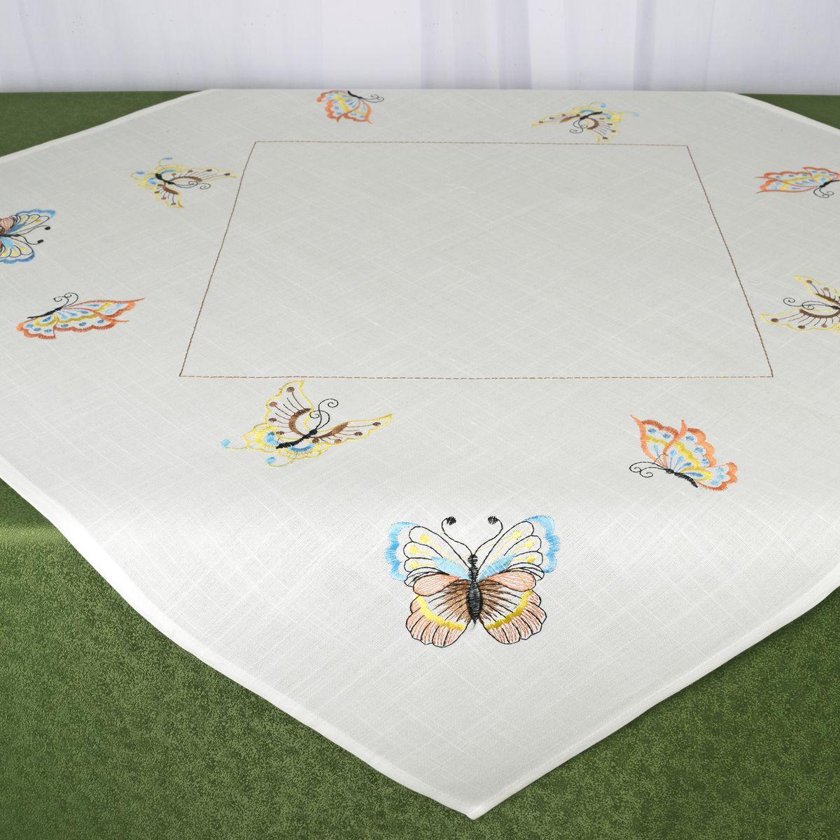 Скатерть Schaefer, квадратная, цвет: белый, 85 x 85 см. 07720-10007720-100Стильная скатерть Schaefer, выполненная из полиэстера, украшена вышивкой. Вышивка дает эффект объема за счет направления стежков при вышивании.Изделия из полиэстера легко стирать: они не мнутся, не садятся и быстро сохнут, они более долговечны, чем изделия из натуральных волокон.Немецкая компания Schaefer создана в 1921 году. На протяжении всего времени существования она создает уникальные коллекции домашнего текстиля для гостиных, спален, кухонь и ванных комнат. Дизайнерские идеи немецких художников компании Schaefer воплощаются в текстильных изделиях, которые сделают ваш дом красивее и уютнее и не останутся незамеченными вашими гостями. Дарите себе и близким красоту каждый день!