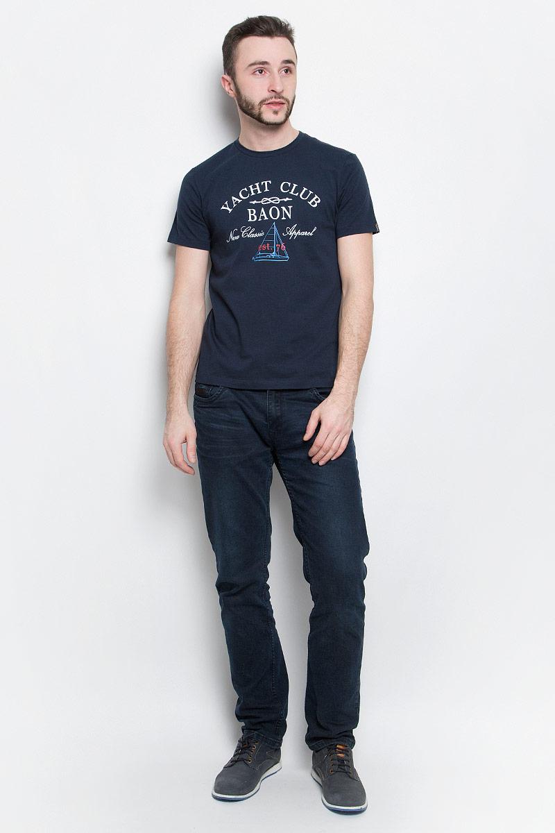 Футболка мужская Baon, цвет: темно-синий. B737001. Размер XXL (54/56)B737001_Deep NavyМужская футболка Baon выполнена из хлопковой ткани и оформлена оригинальным принтом. У модели круглый вырез горловины и стандартные короткие рукава.