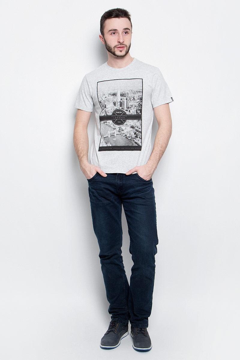 Футболка мужская Baon, цвет: серый. B737012. Размер M (48)B737012_Silver MelangeМужская футболка Baon выполнена из хлопковой ткани и оформлена оригинальным принтом. У модели круглый вырез горловины и стандартные короткие рукава.