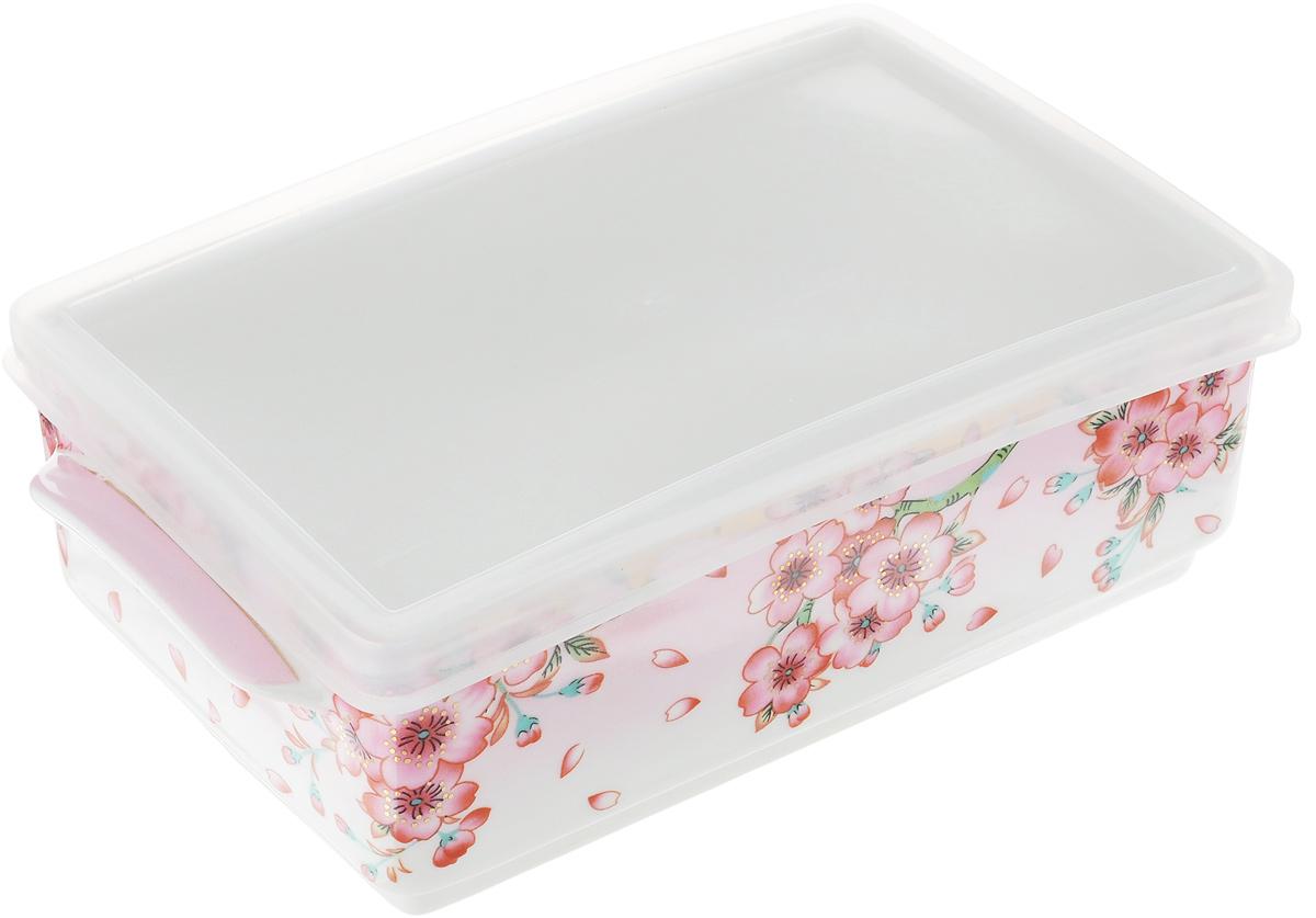 Блюдо для холодца Elan Gallery Сакура, 800 мл504092Блюдо для холодца Elan Gallery Сакура, изготовленное из высококачественной керамики, предназначено для приготовления и хранения заливного или холодца. Пластиковая крышка, входящая в комплект, сохранит свежесть вашего блюда. Также блюдо можно использовать для приготовления и хранения салатов. Оформлено изделие оригинальным рисунком. Такое блюдо украсит сервировку вашего стола и подчеркнет прекрасный вкус хозяйки.Не использовать в микроволновой печи. Размер блюда: 20 х 11,5 х 6 см.