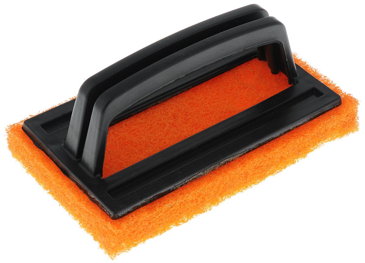 Щетка-скраб Хозяюшка Мила, цвет: оранжевый, черный, 15 x 6 x 9 см24005Удобная щетка с абразивным чистящим слоем успешно заменит обычные хозяйственные щетки с щетиной. Пластиковая ручка защищает руки от влаги и механических воздействий. Подходит для очистки сантехники, кафеля, кухонных плит и других поверхностей. Размер щетки: 15 x 6 x 9 см.