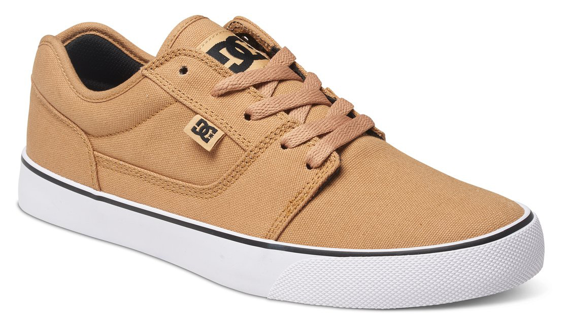 Кеды мужские DC Shoes Tonik TX, цвет: бежевый. 303111-CB0. Размер 6D (38)303111-CB0Стильные мужские кеды DC Shoes Tonik TX - отличный вариант на каждый день.Модель выполнена из текстиля. Шнуровка надежно фиксирует обувь на ноге. Резиновая подошва с протектором гарантирует отличное сцепление с поверхностью. В таких кедах вашим ногам будет комфортно и уютно.