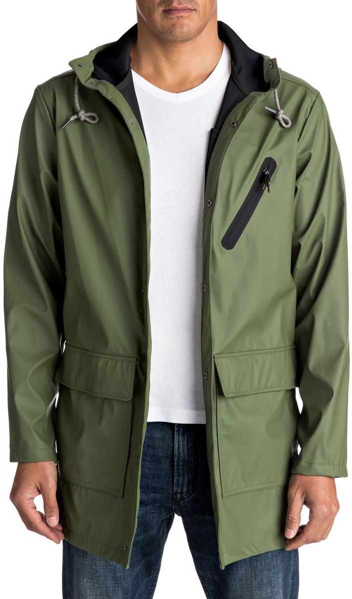 Куртка мужская Quiksilver, цвет: зеленый. EQYJK03309-GPH0. Размер XL (52/54)EQYJK03309-GPH0Капюшон и технологичная ткань с водоотталкивающей пропиткой DWR не дадут промокнуть в ненастье, а отсутствие подкладки позволит надеть столько дополнительных слоев в особенно холодные дни, сколько вам захочется, для достижения желаемого уровня тепла.