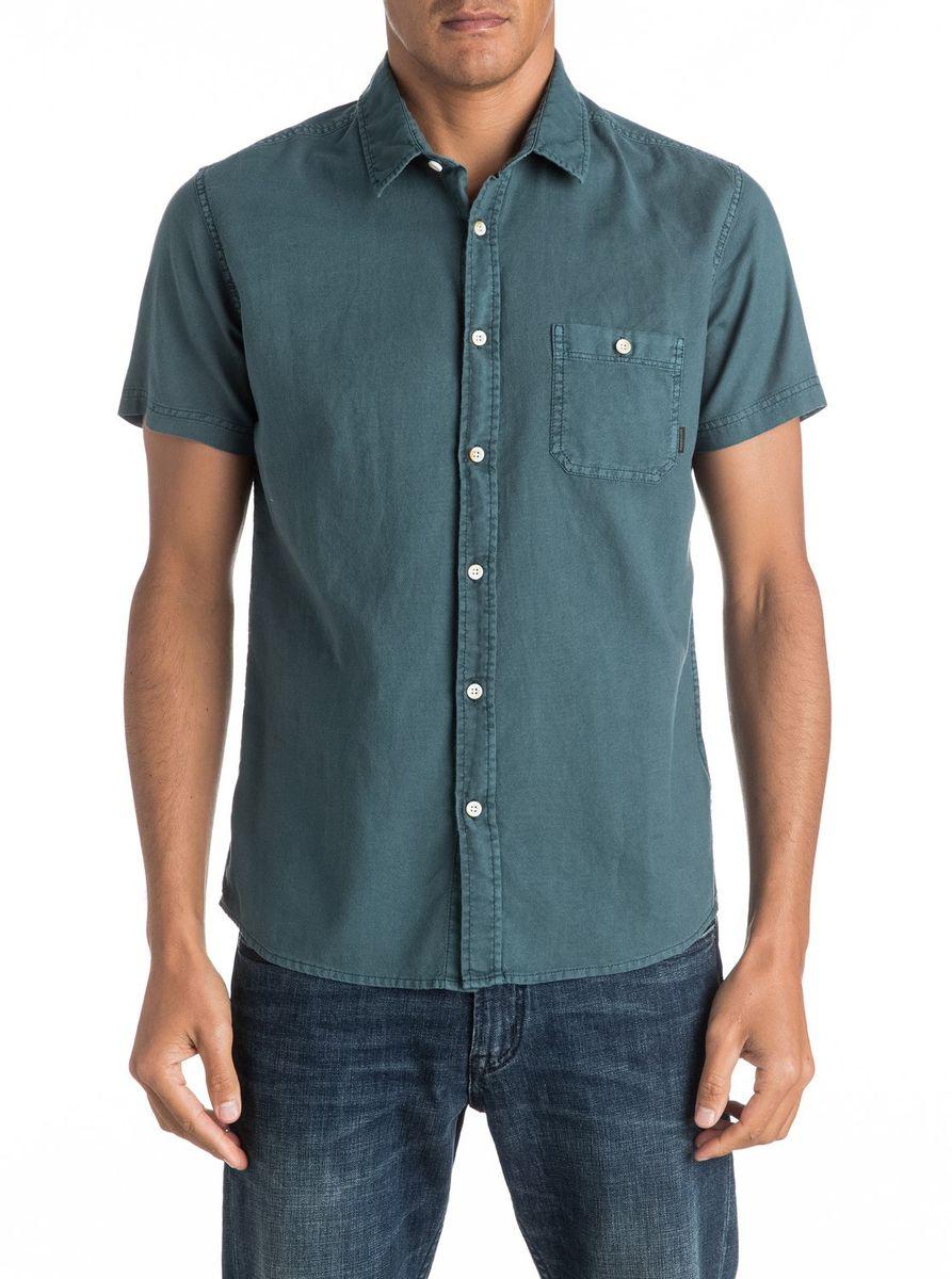 Рубашка мужская Quiksilver, цвет: темно-бирюзовый. EQYWT03444-BQK0. Размер M (48/50)EQYWT03444-BQK0Мужская рубашка Quiksilver с короткими рукавами выполнена из качественного хлопка. Изделие застегивается на пуговицы, имеется нагрудный накладной карман.