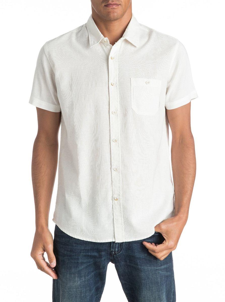 Рубашка мужская Quiksilver, цвет: белый. EQYWT03444-WBK0. Размер L (50/52)EQYWT03444-WBK0Мужская рубашка Quiksilver с короткими рукавами выполнена из качественного хлопка. Изделие застегивается на пуговицы, имеется нагрудный накладной карман.