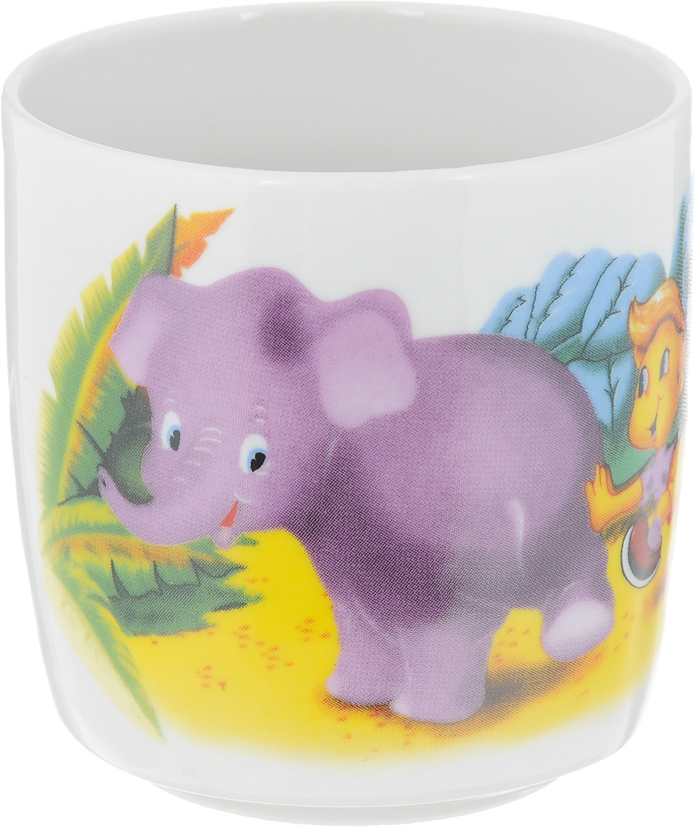"""Стакан Фарфор Вербилок """"Джунгли. Слон"""" изготовлен из  высококачественного фарфора. Он прекрасно подойдет  для горячих и холодных напитков.  Такой стакан отлично дополнит вашу коллекцию кухонной  посуды и порадует вас ярким дизайном и практичностью.   Диаметр стакана (по верхнему краю): 7 см.  Высота стенки: 7,5 см."""