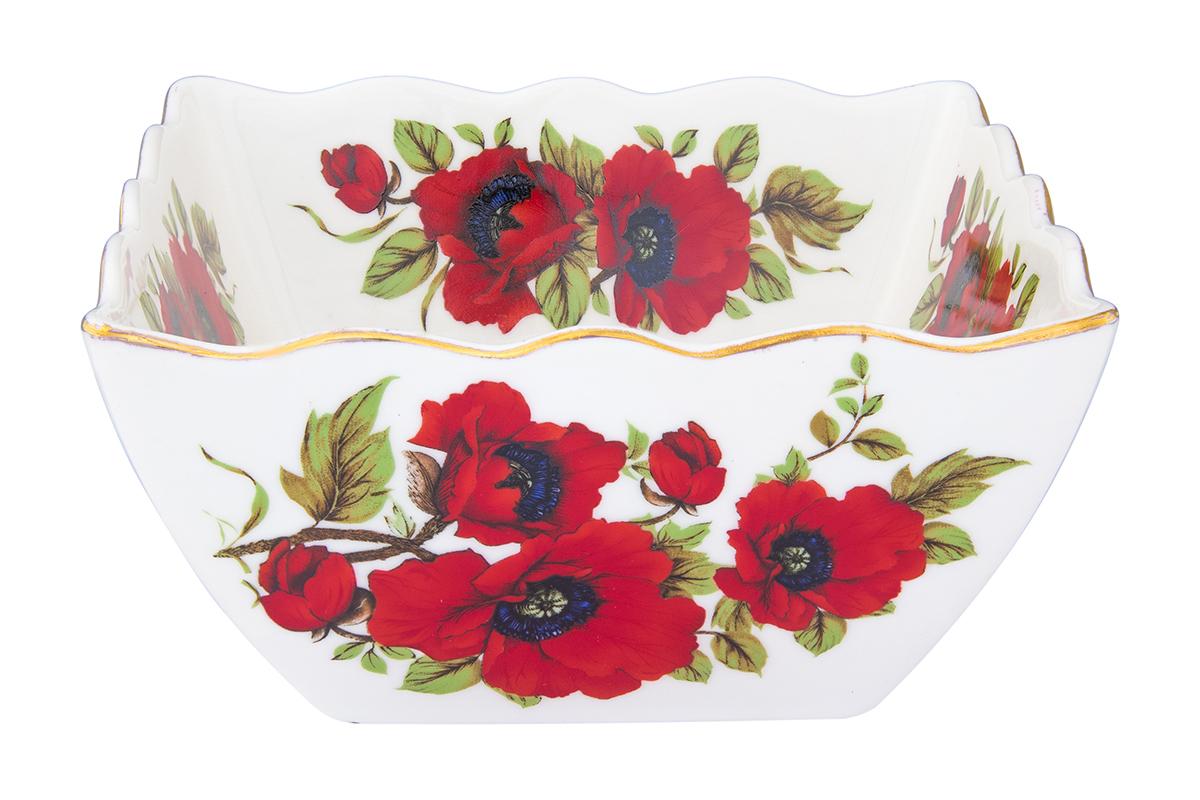 Салатник Elan Gallery Маки, 1 л740373Великолепный салатник Elan GalleryМаки с волнистым краем идеален для сервировки салатов и и станет украшением для ваших блюд. Изделие выполнено из высококачественного фарфора и оформлено цветочным рисунком. Салатник упакован в подарочную упаковку.Размер салатника: 16 х 16 х 7,5 см. Объем: 1 л.