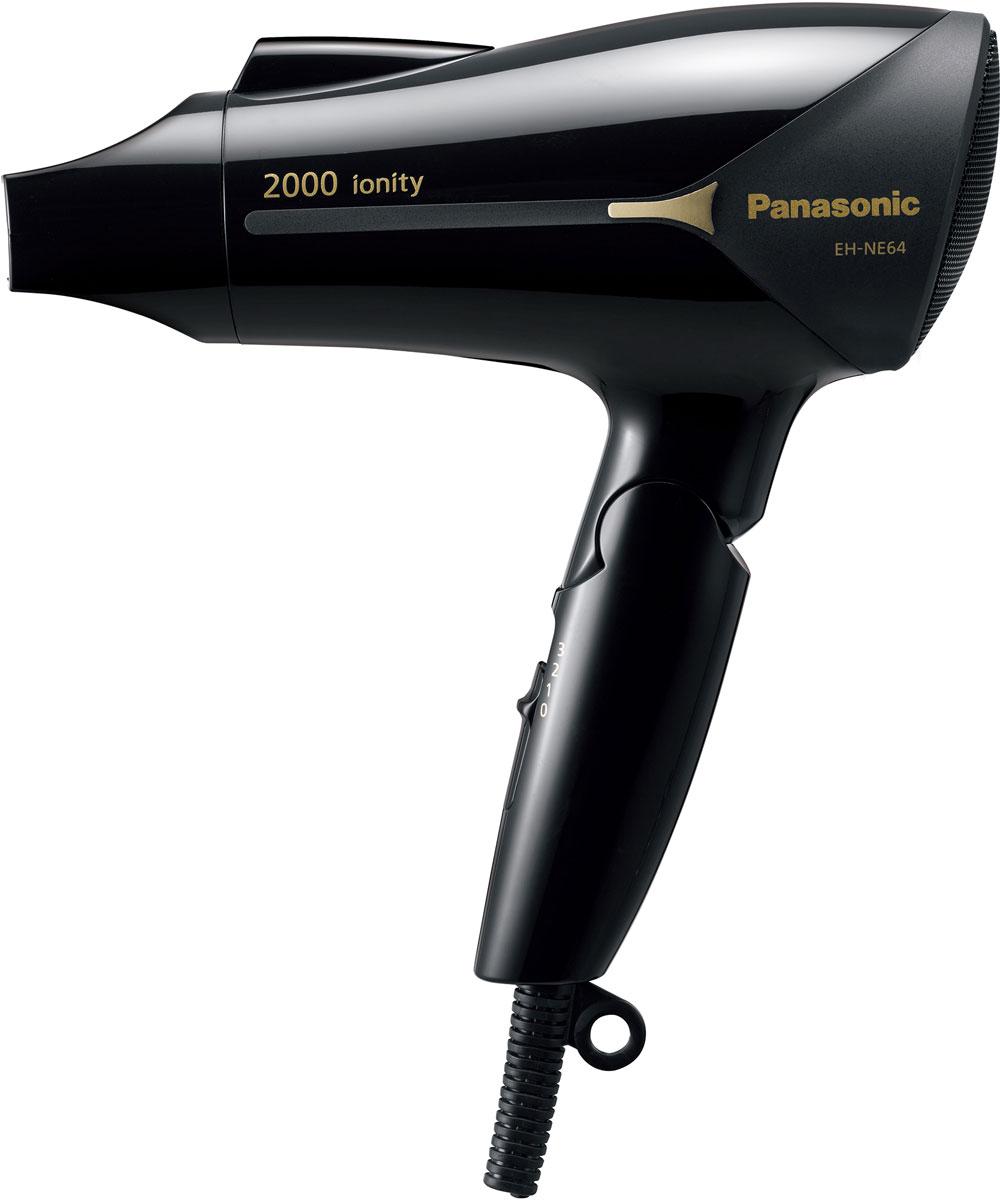 Panasonic EH-NE64-K865 фенEH-NE64-K865Если вам нужно быстро высушить волосы, фен Panasonic EH-NE64-K865 выполнит эту работу. Мощный поток горячего воздуха распределяет тепло по всей длине волос, от корней до самых кончиков. Это позволит сэкономить драгоценное утреннее время.Сочетание большой мощности с новой конструкцией направления воздушного потока повышает эффективность сушки, что экономит время.Мощный, насыщенный ионами воздушный поток ускоряет сушку волос, сохраняя их натуральный блеск. Ионы покрывают поверхность каждого волоса, снижая статическое электричество и сохраняя гладкость и блеск волос.Ионы нейтрализуют положительный электрический заряд волос. Волосы обычно имеют положительный электрический заряд, который приподнимает их на конце. Ионы нейтрализуют этот заряд, снижая статическое электричество, в результате волосы становятся более послушными и гладкими, что облегчает процесс укладки.Ионы излучаются через отдельное отверстие для ионов. Благодаря тому, что отверстие расположено за пределами форсунки подачи горячего воздуха, ионы не теряют влагу, и передают ее вашим волосам.Ионы чувствительны к воздействию тепла. Поэтому, переносятся они холодным воздушным потоком, благодаря чему сохраняют влагу, которую затем передают вашим волосам.По сравнению с другими фенами мощностью 2000 Вт, фен Panasonic EH-NE64-K865 стал легче, меньше по размеру и компактнее. Поскольку этот фен легко держать в руке, им можно пользоваться, не уставая, длительное время.Эргономичная форма и хорошая балансировка по весу обеспечивают надежное удержание в руке. Благодаря компактной складной конструкции фен занимает мало места, что удобно при редком использовании, а также в поездках.