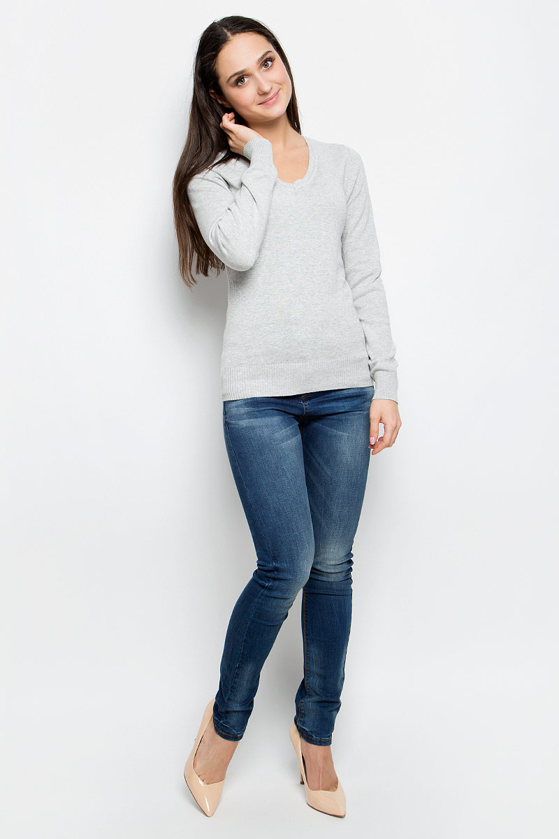 Пуловер женский Baon, цвет: серый. B137201. Размер L (48)B137201_Silver MelangeЭлегантный женский пуловер Baon выполнен из натурального хлопка. Модель с V-образным вырезом горловины и длинными рукавами. Низ и манжеты изделия выполнены мелкой резинкой.