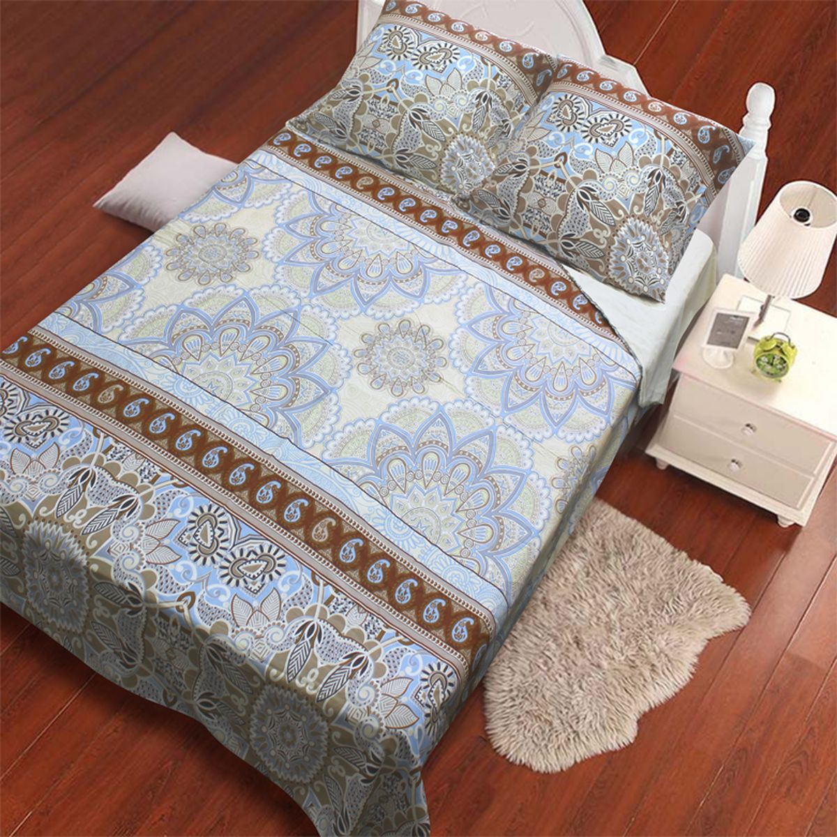 Комплект белья Amore Mio Vostok, 2-спальный, наволочки 70x70, цвет: молочный, бежевый, голубой82914Комплект постельного белья Amore Mio является экологически безопасным для всей семьи, так как выполнен из сатина (100% хлопок). Постельное белье оформлено оригинальным рисунком и имеет изысканный внешний вид. Сатин - это ткань сатинового (атласного) переплетения нитей. Имеет гладкую, шелковистую лицевую поверхность, на которой преобладают уточные нити (уток - горизонтально расположенные в тканом полотне нити). Сатин изготавливается из крученой хлопковой нити двойного плетения. Он чрезвычайно приятен на ощупь, не электризуется и не скользит по кровати. Сатин прекрасно сохраняет форму и не мнется, отлично пропускает воздух, что позволяет телу дышать и дарит здоровый и комфортный сон.Комплект состоит из пододеяльника, простыни и двух наволочек.