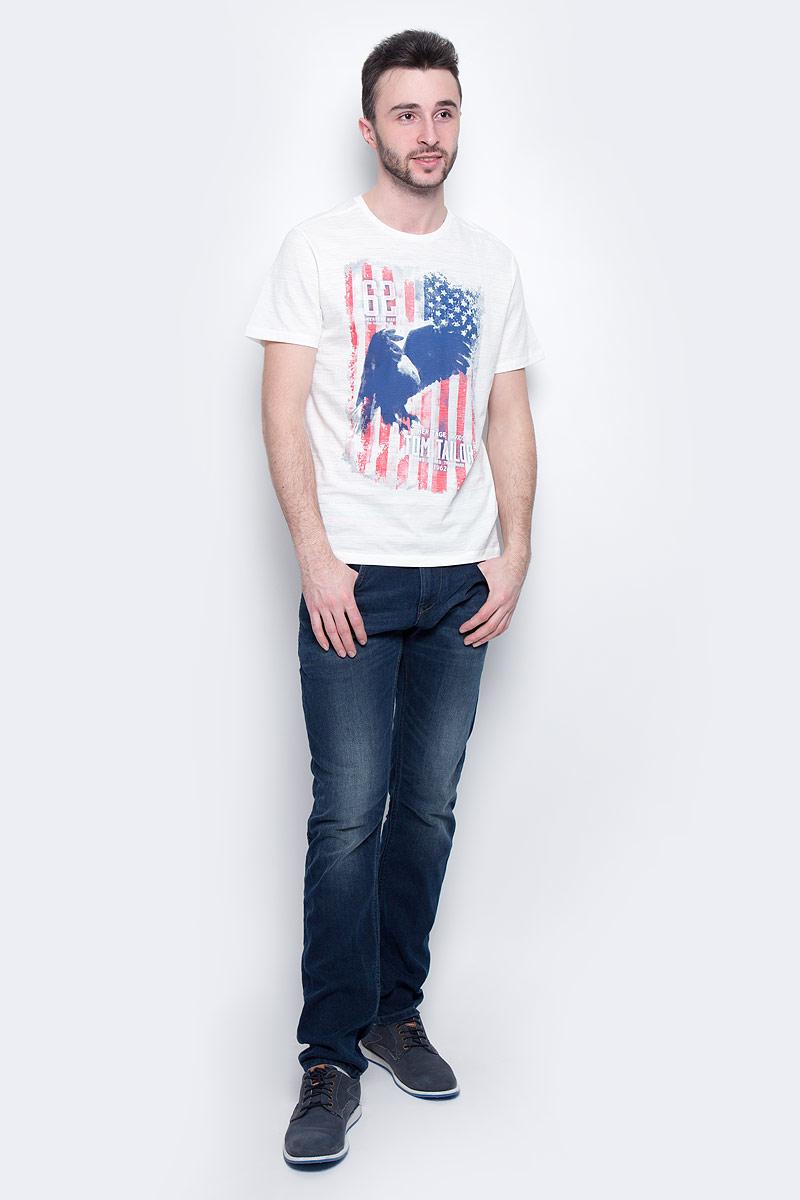 Футболка мужская Tom Tailor, цвет: белый. 1037209.00.10_2063. Размер L (50)1037209.00.10_2063Мужская футболка Tom Tailor выполнена из натурального хлопка. Модель с круглым вырезом горловины и короткими рукавами оформлена оригинальным принтом.