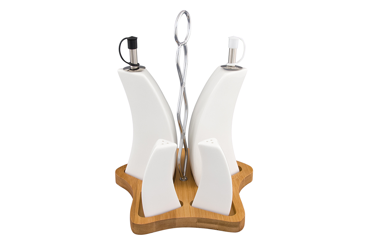 Набор для специй Elan Gallery Айсберг, на подставке, 4 предмета540143Традиционный набор для специй станет украшением стола как в праздники, так и в повседневной жизни. Одна бутылочка для масла, другая для уксуса или соевого соуса. Деревянная подставка практична и удобна. Размер набора: 18 х 17 х 23 см. Объем соусника: 190 мл. Объем солонки и перечницы: 25 мл.