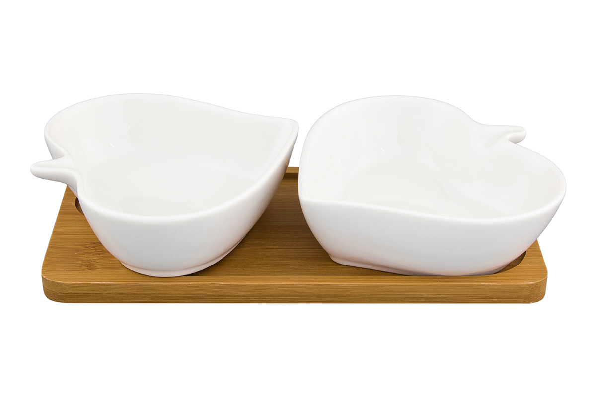 Набор блюд Elan Gallery Листья, на подставке, 2 предмета540146Набор из двух блюд на деревянной подставке украсит современный интерьер и станет отличным подарком для любителей стильных вещей.Размер подставки: 20,5 х 10,5 х 4 см. Объем блюда: 140 мл.