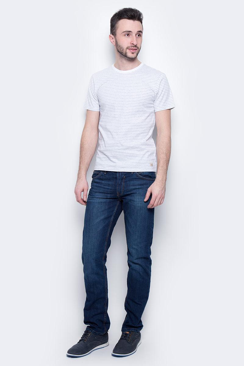 Футболка мужская Baon, цвет: светло-серый, белый. B737301. Размер XXL (54)B737301_Silver Melange StripedМужская футболка Baon выполнена из натурального хлопка. Модель с круглым вырезом горловины и короткими рукавами оформлена принтом в полоску.