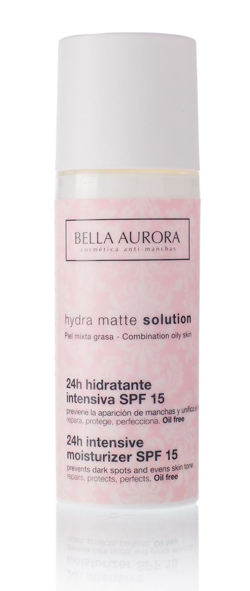 Bella Aurora Легкий увлажняющий крем для лица SPF 15 50 млBA4094400Крем Hydra Matte Solution имеет в составе компоненты, обеспечивающие коже мгновенное, интенсивное и длительное увлажнение. Средство смягчает кожу, восстанавливает ее эластичность и упругость, cтимулирует природные защитные функции кожи, защищает от негативных эффектов окружающеи? среды и борется со свободными радикалами. Также предотвращает появление темных пятен, уменьшает покраснения и воспаления, выравнивает тон кожи. Легкая и ультра-мягкая текстура мгновенно впитывается и оставляет кожу увлажненнои? и матовои?. Не содержит масел. SPF15./Применение: Наносить ежедневно утром на всю поверхность лица и шеи легкими массажными движениями до полного впитывания. Помните о необходимости дополнять свои? ежедневныи? уход солнцезащитным средством SPF50+, очищающим скрабом-гелем и ночным кремом.