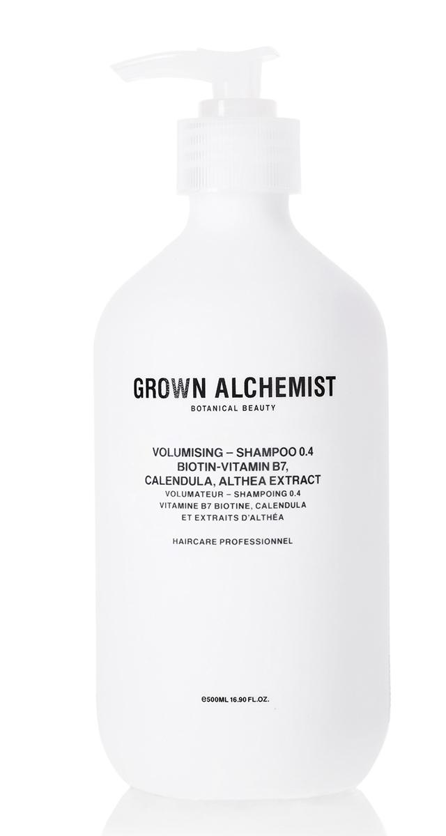 Grown Alchemist Шампунь для придания объема волосам 500 млGRA0169Инновационная формула придает объем тонким волосам, а также тщательно очищает не провоцируя повреждений. Волосы остаются увлажненными и выглядят более густыми и объемными.