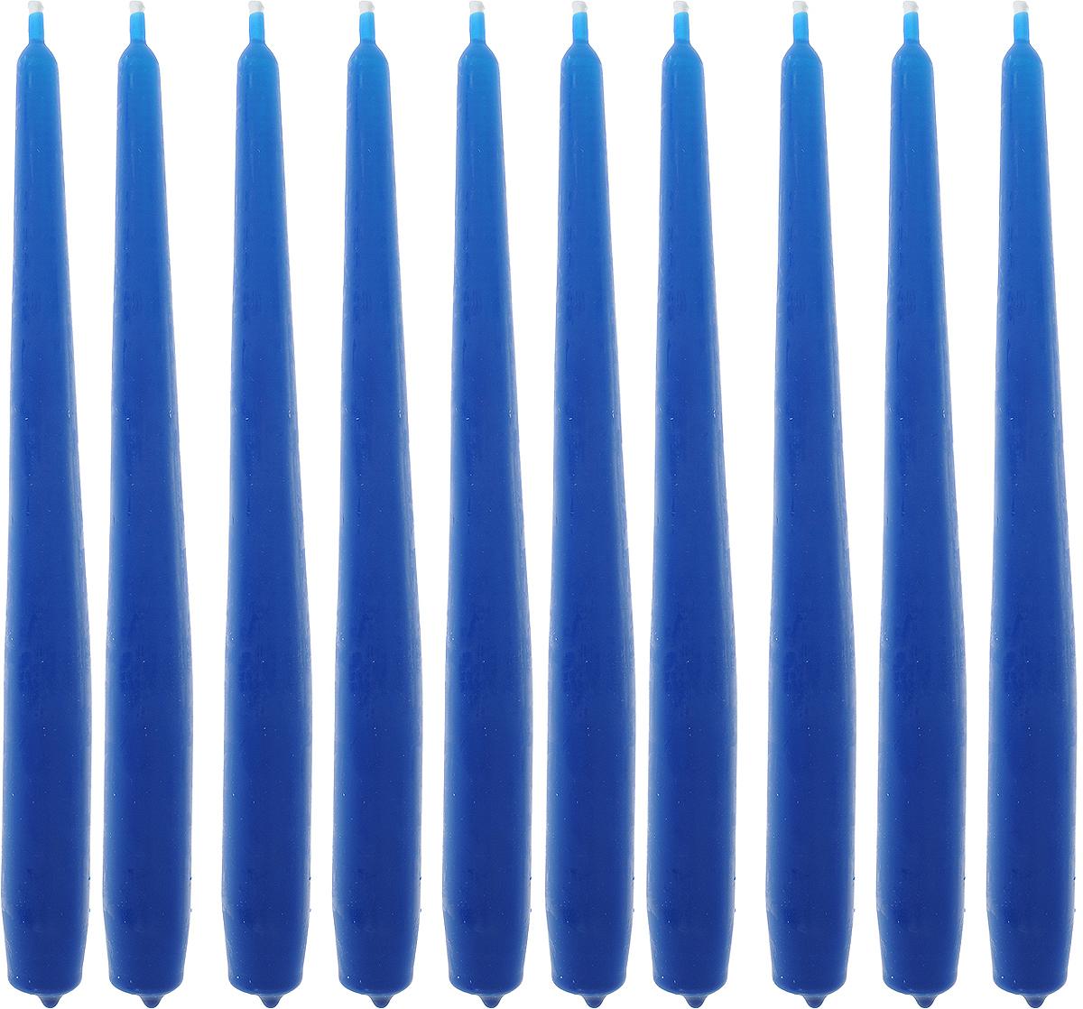 """Набор """"Омский cвечной завод"""" состоит из 10 свечей, изготовленных из парафина и хлопчатобумажной нити. Такие свечи создадут атмосферу таинственности и загадочности и наполнят ваш дом волшебством и ощущением праздника. Хороший сувенир для друзей и близких.  Примерное время горения: 7 часов. Высота: 24 см. Диаметр: 2 см."""