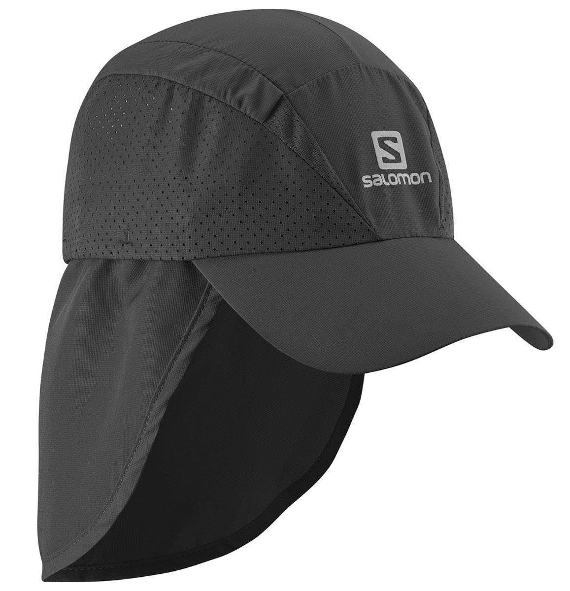 Кепка Salomon Cap Xa+, цвет: черный. L37929300. Размер S/M (54)L37929300Новый лаконичный силуэт, низкий вес и хорошая вентиляция: кепка XACap быстро сохнет, сохраняя чувство свежести и комфорта во время беге. Дополнительная защита шеи от прямых солнечных лучей.