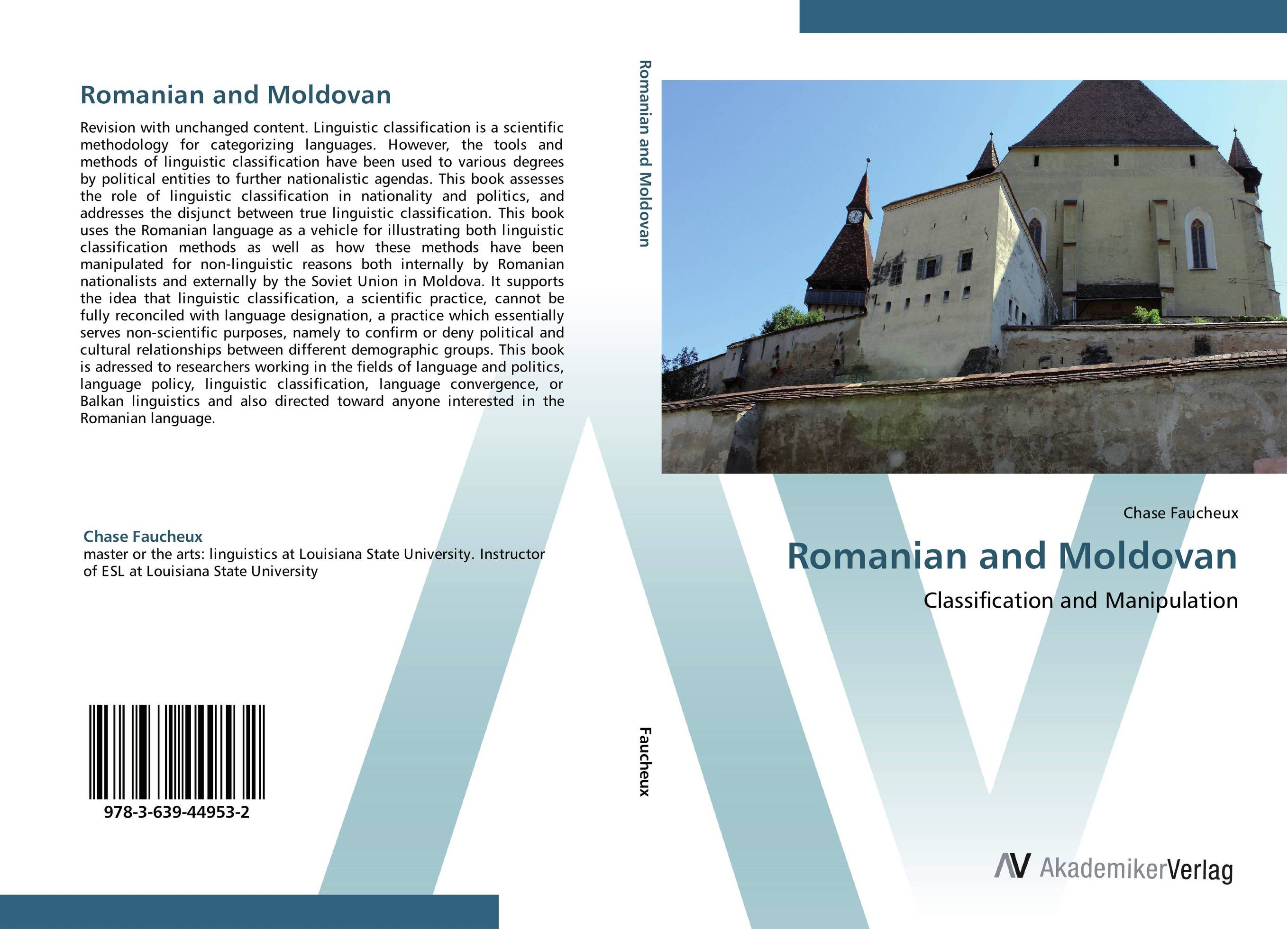 Romanian and Moldovan linguistic variation in a multilingual setting
