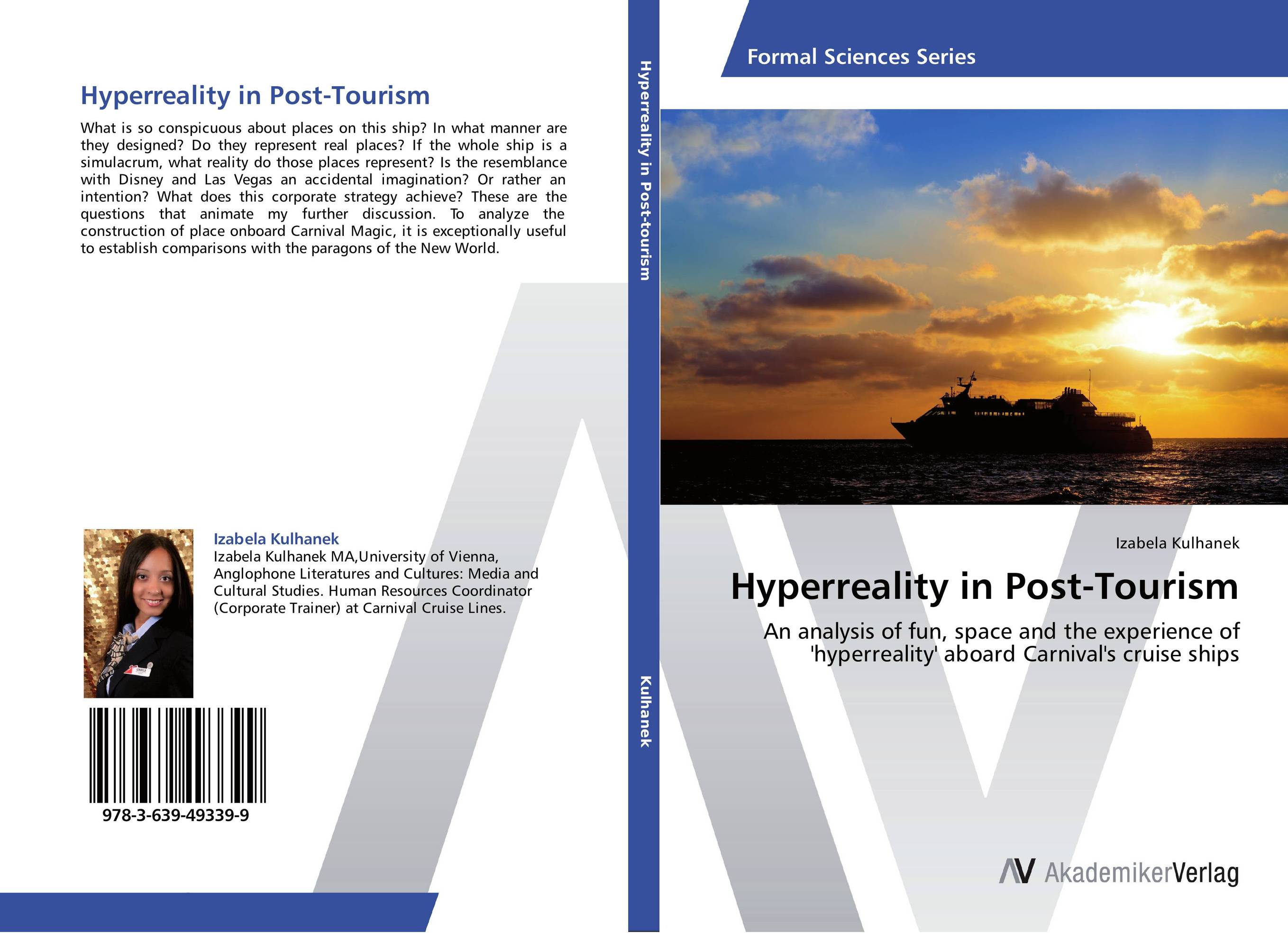 Hyperreality in Post-Tourism