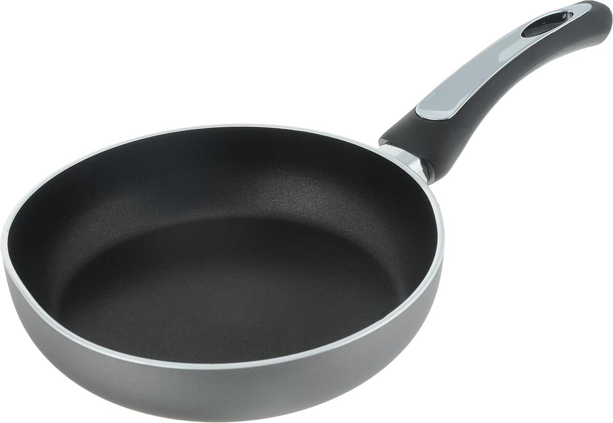 Сковорода Scovo President, с антипригарным покрытием. Диаметр 20 смSP-001Сковорода Scovo President выполнена из алюминия и имеет антипригарное покрытие.Покрытие исключает прилипание и пригорание пищи к поверхности посуды,обеспечивает легкость мытья посуды, исключает необходимость использования большогоколичества масла, что способствует приготовлению здоровой пищи спониженной калорийностью.Сковорода оснащена пластиковой ручкой, благодарячему она удобно уместится в руке и не выскользнет.Сковорода подходит для газовых,электрических и стеклокерамических плит. Также ее можно мыть в посудомоечной машине.Диаметр сковороды: 20 см. Высота стенки: 4,5 см.Длина ручки: 16 см.