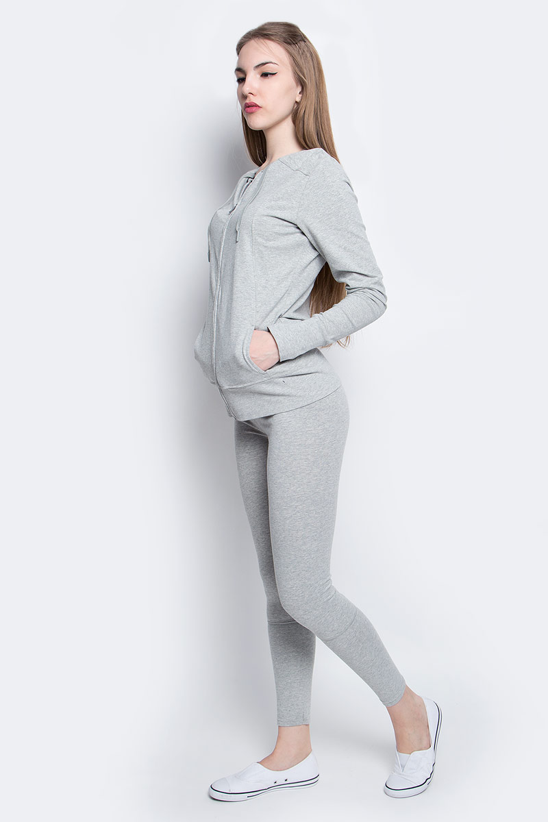 Толстовка женская Calvin Klein Underwear, цвет: светло-серый. QS5547E_020. Размер S (42)QS5547E_020Толстовка Calvin Klein Underwear, выполненная из хлопка и эластана, оформлена принтом с названием бренда. Модель с капюшоном застегивается с помощью молнии и имеет два втачных кармана. Рукава дополнены манжетами с прорезями для пальцев.
