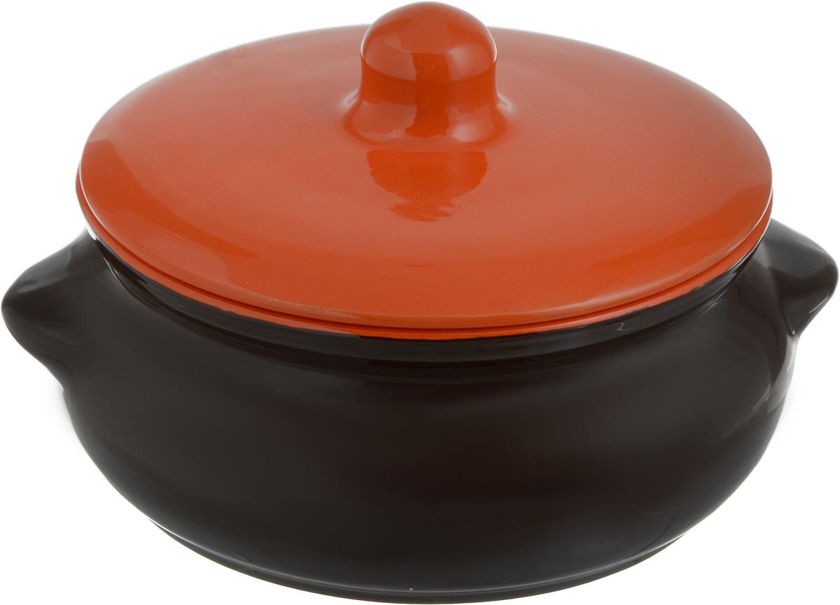 Горшок для запекания Борисовская керамика Радуга, с крышкой, цвет: коричневый, оранжевый, 700 млРАД00000380_коричневый, оранжевыйГоршок для запекания Борисовская керамика Радуга с крышкой выполнен из высококачественной керамики. Уникальные свойства красной глины и толстые стенки изделия обеспечивают эффект русской печи при приготовлении блюд. Блюда, приготовленные в керамическом горшке, получаются нежными и сочными. Вы сможете приготовить мясо, сделать томленые овощи и все это без капли масла. Это один из самых здоровых способов приготовления пищи. Можно использовать в духовке и микроволновой печи. Высота стенок: 7 см. Объем: 700 мл.