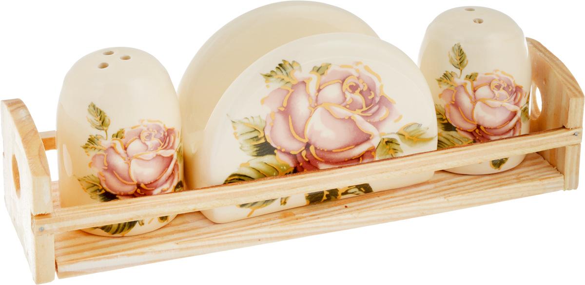 Набор для специй Loraine Розы, цвет: бежевый, розовый, зеленый, 4 предмета21672Набор для специй Loraine Розы состоит из двух емкостей для соли и перца, салфетницы и подставки. Изделия выполнены из высококачественной экологически чистой керамики и декорированы красочным изображением роз. Гладкое глазурованное покрытие приятно на ощупь. Подставка выполнена из дерева.Набор имеет элегантный современный дизайн. Сочные краски и аутентичный дизайн сделают набор отличным дополнением сервировки стола. Изделия можно использовать в СВЧ и мыть в посудомоечной машине. Размер емкостей: 4,3 х 4,3 х 6,5 см. Размер салфетницы: 9,5 х 4,5 х 7 см. Размер подставки: 21,5 х 6,2 х 5 см.