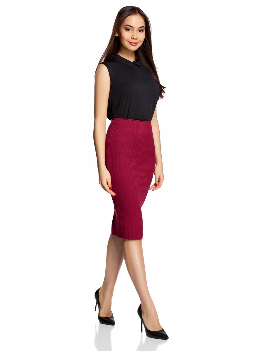 Юбка oodji Ultra, цвет: бордовый. 14101087/46412/4900N. Размер M (46)14101087/46412/4900NСтильная юбка-карандаш на резинке выполнена из ткани в рубчик. Сзади модель дополнена разрезом.