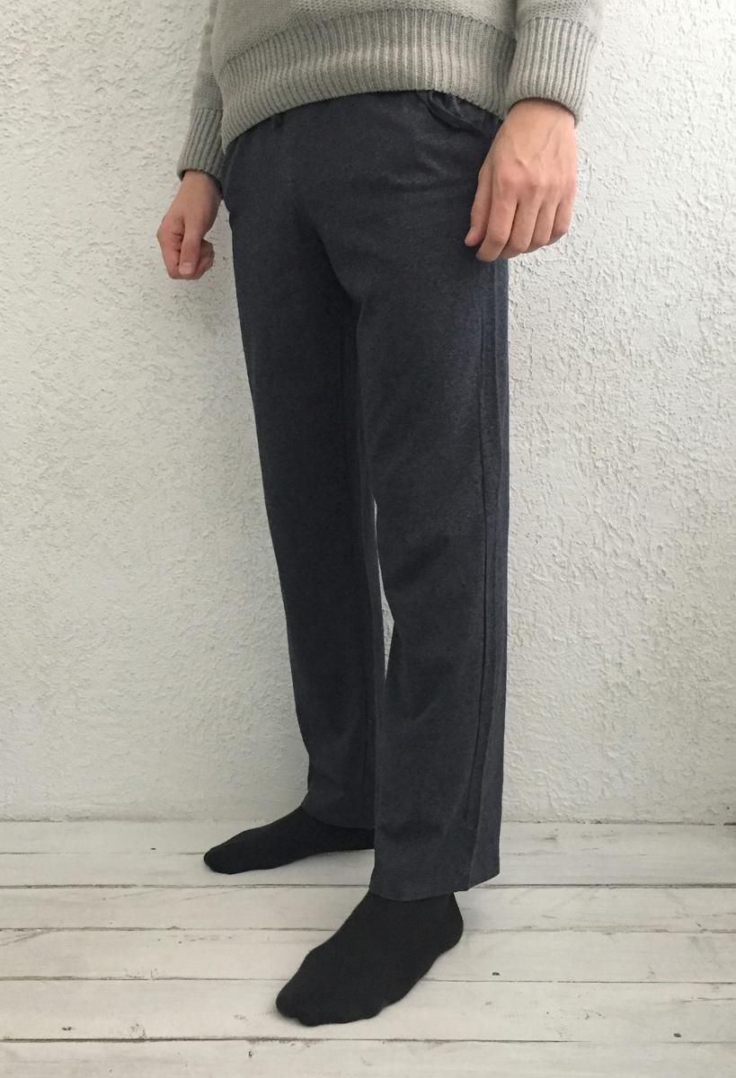 Брюки для дома мужские Basil, цвет: синий. 17230513. Размер XL (50)17230513Брюки для дома мужские Basil изготовлены из 100% хлопка. Модель свободного кроя имеет резинку на талии для комфортной посадки и два боковых кармана.