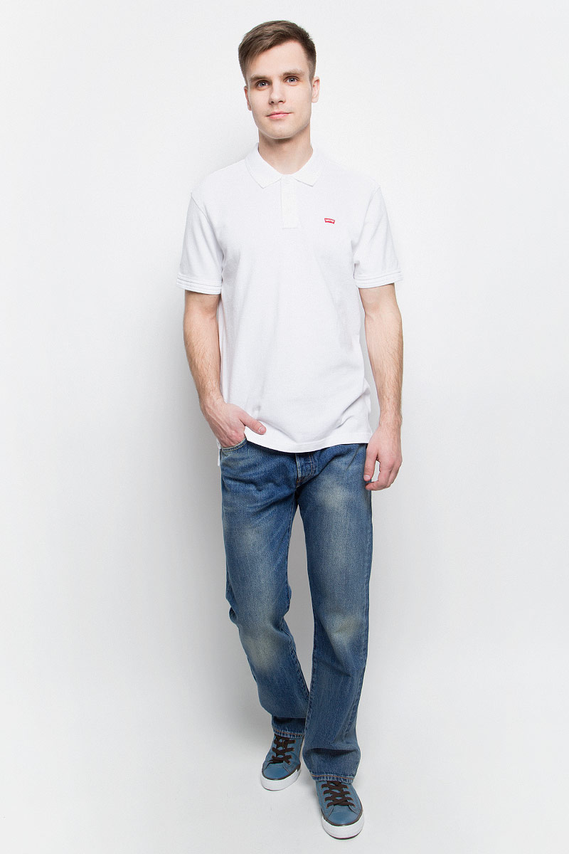 Джинсы мужские Levis® 501, цвет: синий. 0050123750. Размер 31-34 (46/48-34)0050123750Мужские джинсы Levis® изготовлены из качественного натурального хлопка. Джинсы средней посадки застегиваются на металлические пуговицы. На поясе имеются шлевки для ремня. Спереди модель дополнена двумя втачными карманами и одним небольшим накладным кармашком, а сзади - двумя накладными карманами. Модель оформлена эффектом потертости.