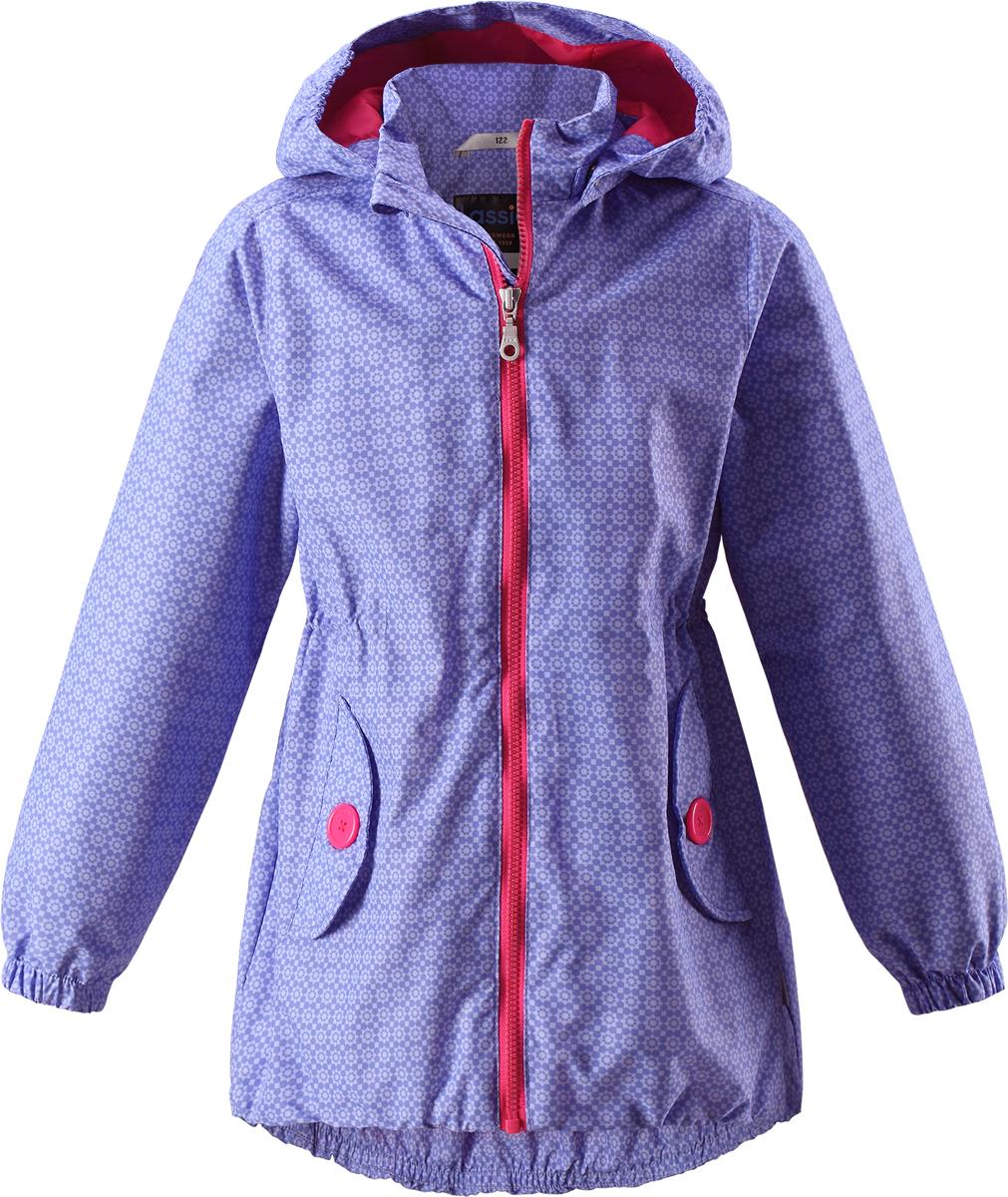 Куртка для девочки Lassie, цвет: сиреневый. 721706R569. Размер 104721706R569Легкая и удобная куртка для девочек на весенне-осенний период. Она изготовлена из водоотталкивающего и ветронепроницаемого материала, но при этом хорошо дышит. Куртка снабжена дышащей и приятной на ощупь подкладкой, которая облегчает надевание. Съемный капюшон обеспечивает защиту от холодного ветра, а также безопасен во время игр на свежем воздухе! Благодаря эластичной талии и эластичному подолу эта удлиненная модель для девочек отлично сидит по фигуре. Снабжена множеством продуманных деталей, например двумя карманами с клапанами, эластичными манжетами и молнией во всю длину с защитой для подбородка.