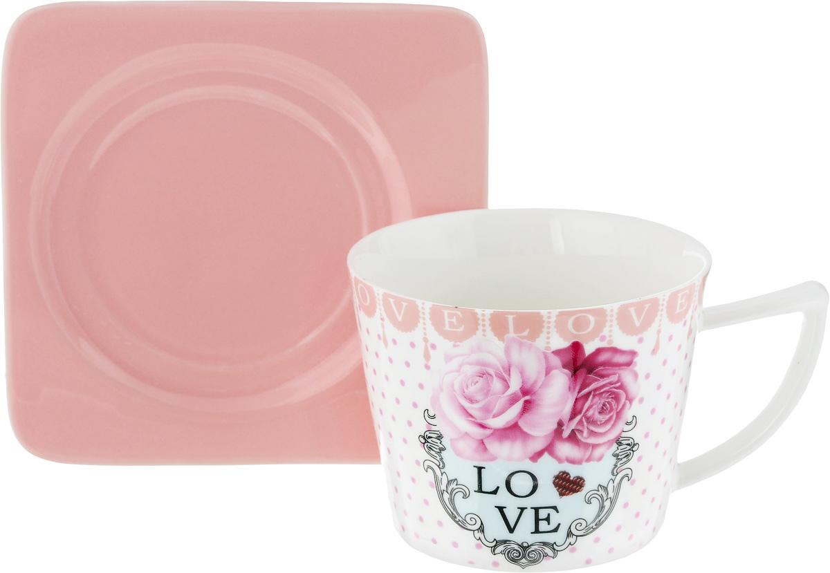 Чайная пара Loraine, цвет: белый, розовый, 2 предмета24709Чайная пара Loraine, выполненная из керамики, состоит из чашки и блюдца. Чашка оформлена ярким изображением и надписью Love. Изящный дизайн и красочность оформления придутся по вкусу и ценителям классики, и тем, кто предпочитает современный стиль.Чайный набор - идеальный и необходимый подарок для вашего дома и для ваших друзей в праздники, юбилеи и торжества! Он также станет отличным корпоративным подарком и украшением любой кухни. Чайная пара упакована в подарочную коробку из плотного цветного картона. Внутренняя часть коробки задрапирована белым атласом.Диаметр чашки: 8,5 см.Высота чашки: 6,5 см.Объем чашки: 230 мл. Размеры блюдца: 12 х 12 х 1,5 см.