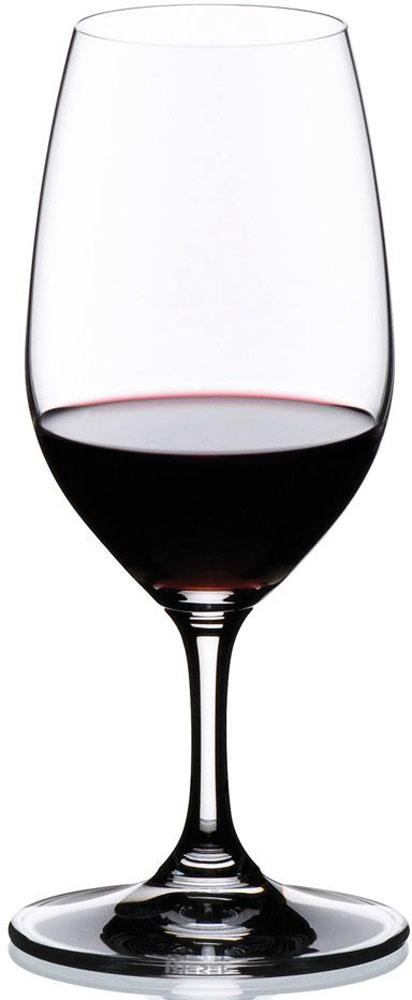 Набор фужеров для портвейна Riedel Vinum. Port, 240 мл, 2 шт. 6416/606416/60Набор, выполненный из высококачественного стекла, состоит из 2 фужеров на высоких ножках. Они выполнены в оригинальном элегантном дизайне. Благодаря такому набору пить напитки будет еще вкуснее. Фужеры станут идеальным украшением праздничного стола и отличным подарком к любому празднику.