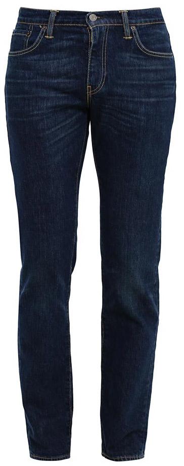 Джинсы мужские Levis® 511, цвет: темно-синий. 0451121650. Размер 30-34 (46-34)0451121650Мужские джинсы Levis® 511 выполнены из высококачественного материала. Хлопковая ткань с добавлением эластана обеспечивает наилучшую посадку и сохранение формы. Джинсы застегиваются на пуговицу в поясе и ширинку на застежке-молнии, дополнены шлевками для ремня. Спереди модель дополнена двумя втачными карманами, одним маленьким накладным, а сзади - двумя накладными карманами.