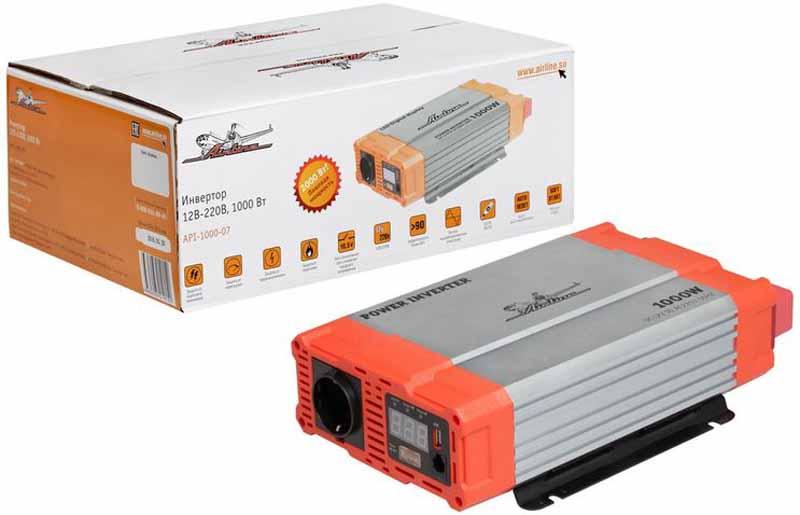 Инвертор автомобильный Airline, 12В-220В, 1000 Вт. API-1000-07API-1000-07Преобразователь напряжения Airline с USB-портом используется для трансформации постоянного напряжения гнезда прикуривателя 12В в переменное напряжение 220В для возможности подсоединения разнообразных электроприборов, таких как ноутбук, коммуникатор, мини-телевизор и других устройств.Помимо стандартной розетки напряжением 220В, конструкция модели предусматривает USB-разъем для подключения различных электронных устройств. Ударопрочный корпус гарантирует высокую защиту прибора.Это делает автомобиль более комфортным, особенно в случае внепланового отключения электроэнергии дома, на даче или на отдыхе за городом.Ударопрочный корпус гарантирует высокую защиту прибора.Входное напряжение: 12В -/93А.Выходное напряжение: 220-230В/50Гц/4.54А.Мощность (длительная) - 1000 Вт.Мощность в пике - 2000 Вт.Эффективность - 90%.Выход USB - 5В/1А.