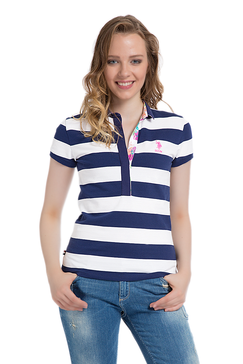 Поло женское U.S. Polo Assn., цвет: темно-синий, белый. G082SZ0110MARLO. Размер L (48)G082SZ0110MARLOСтильная футболка-поло с короткими рукавами и отложным воротником выполнена из натурального эластичного хлопка. На груди модель застегивается на пуговицы.