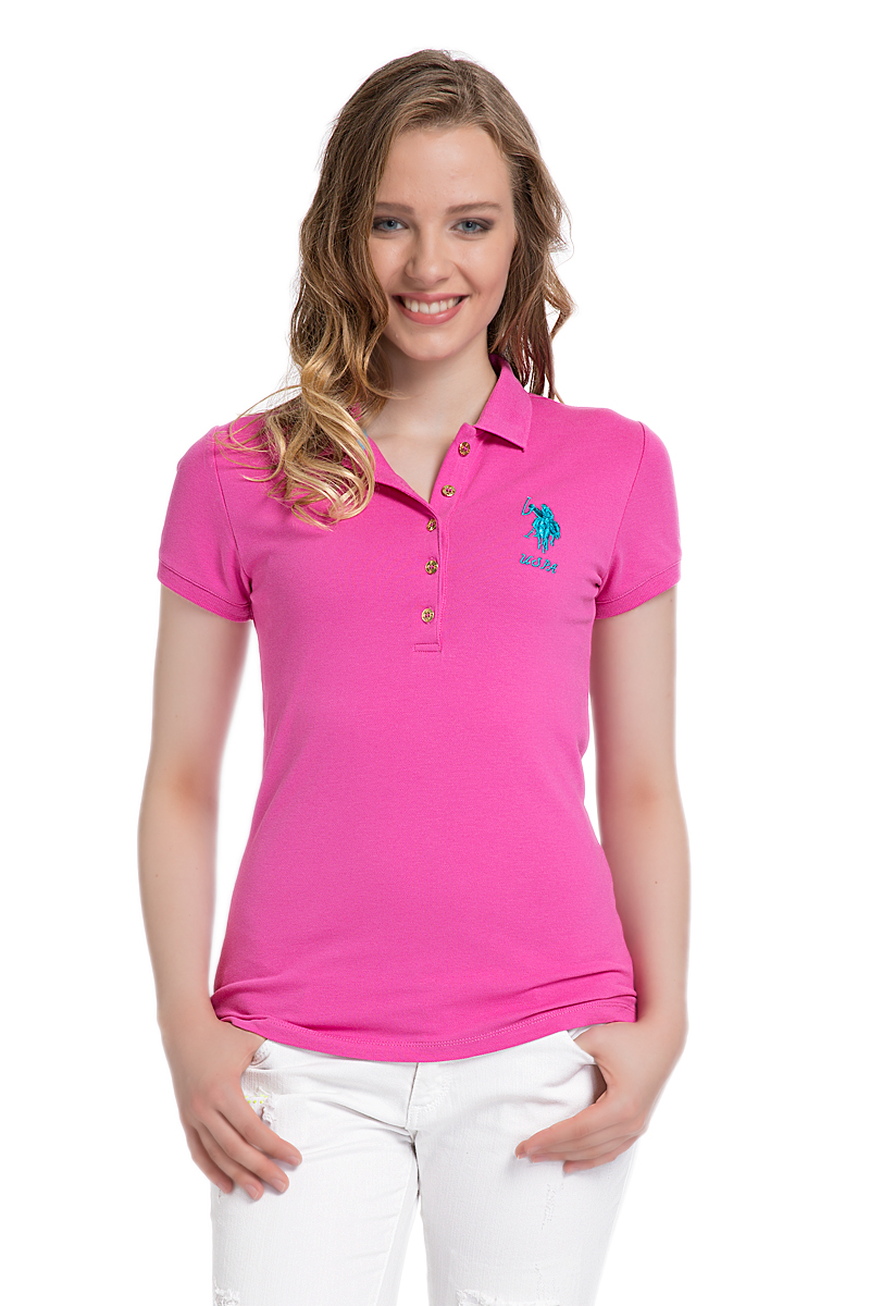 Поло женское U.S. Polo Assn., цвет: розовый. G082SZ0110MTS02IY06-011. Размер XL (50)G082SZ0110MTS02IY06-011Стильная футболка-поло с короткими рукавами и отложным воротником выполнена из натурального эластичного хлопка. На груди модель застегивается на пуговицы.