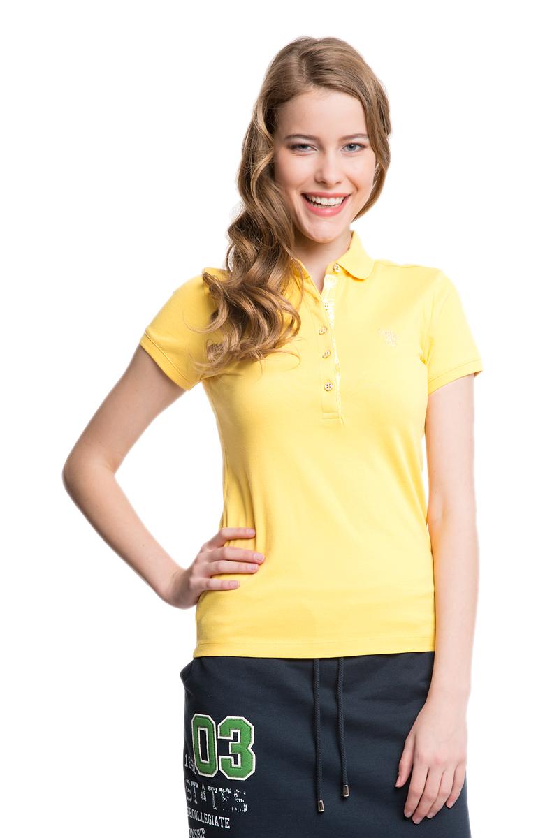Поло женское U.S. Polo Assn., цвет: желтый. G082SZ0110RP01IY05-011. Размер L (48)G082SZ0110RP01IY05-011Стильная футболка-поло с короткими рукавами и отложным воротником выполнена из натурального эластичного хлопка. На груди модель застегивается на пуговицы.