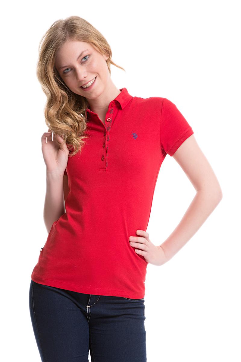 Поло женское U.S. Polo Assn., цвет: ярко-красный. G082SZ0110TP01IY05-011. Размер M (46)G082SZ0110TP01IY05-011Стильная футболка-поло с короткими рукавами и отложным воротником выполнена из натурального эластичного хлопка. На груди модель застегивается на пуговицы.
