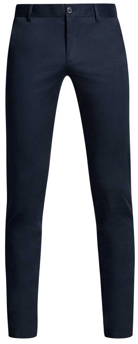 Брюки мужские oodji Basic, цвет: темно-синий. 2B200017M/23421N/7900N. Размер 42-182 (50-182)2B200017M/23421N/7900NМужские брюки oodji Basic выполнены из высококачественного материала. Модель-чинос стандартной посадки застегивается на пуговицу в поясе и ширинку на застежке-молнии. Пояс имеет шлевки для ремня. Спереди брюки дополнены втачными карманами, сзади - прорезными.