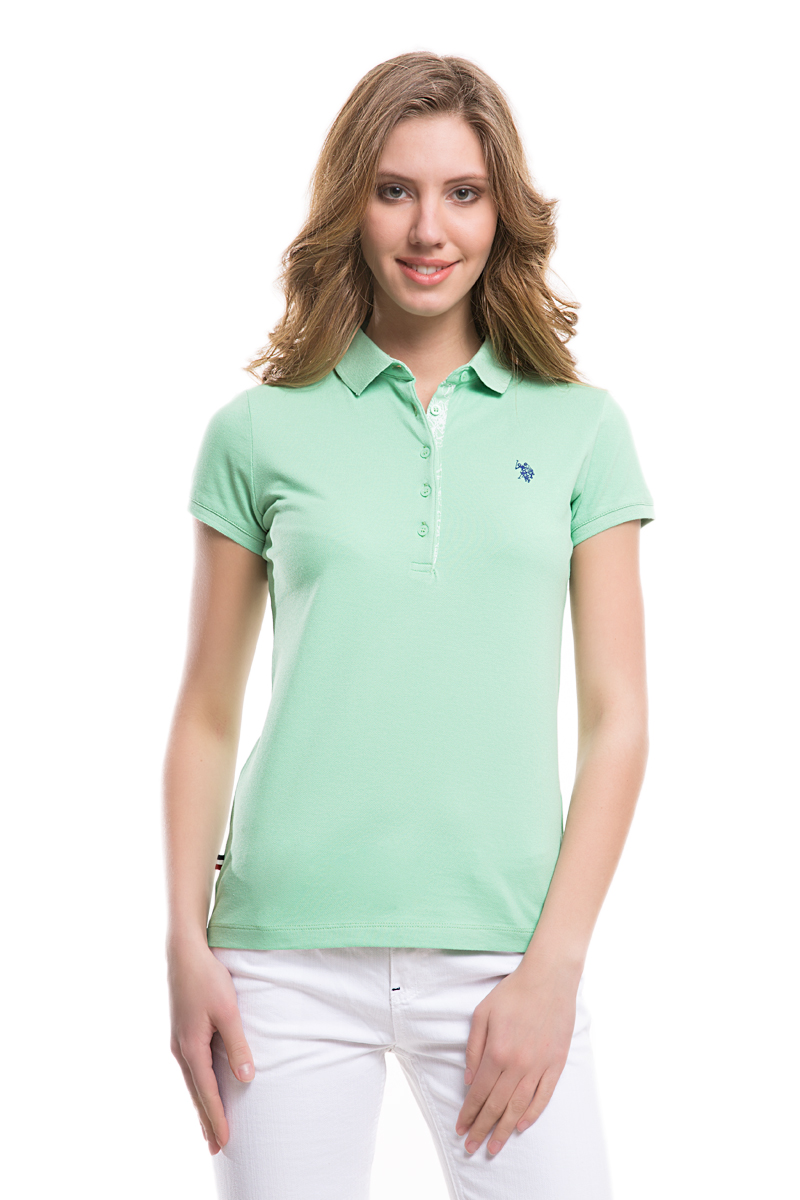 Поло женское U.S. Polo Assn., цвет: светло-зеленый. G082SZ0110TP01IY05-011. Размер L (48)G082SZ0110TP01IY05-011Стильная футболка-поло с короткими рукавами и отложным воротником выполнена из натурального эластичного хлопка. На груди модель застегивается на пуговицы.