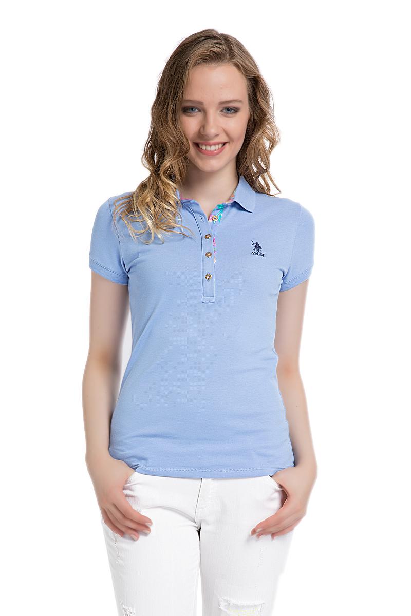 Поло женское U.S. Polo Assn., цвет: голубой. G082SZ0110TP01IY06-011. Размер S (44)G082SZ0110TP01IY06-011Стильная футболка-поло с короткими рукавами и отложным воротником выполнена из натурального эластичного хлопка. На груди модель застегивается на пуговицы.