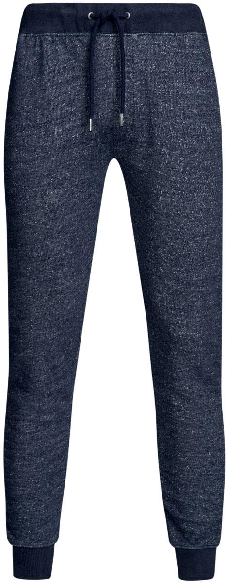 Брюки спортивные мужские oodji Lab, цвет: темно-синий меланж. 5L200013M/46295N/7900M. Размер XS (44)5L200013M/46295N/7900MУдобные мужские спортивные брюки oodji Lab, выполненные из хлопка, великолепно подойдут для отдыха, повседневной носки, а также для занятий спортом. Брюки зауженного к низу кроя и средней посадки имеют широкую эластичную резинку на поясе, объем талии регулируется при помощи шнурка-кулиски. Спереди изделие имеет два втачных кармана. Низ брючин дополнен широкими манжетами.