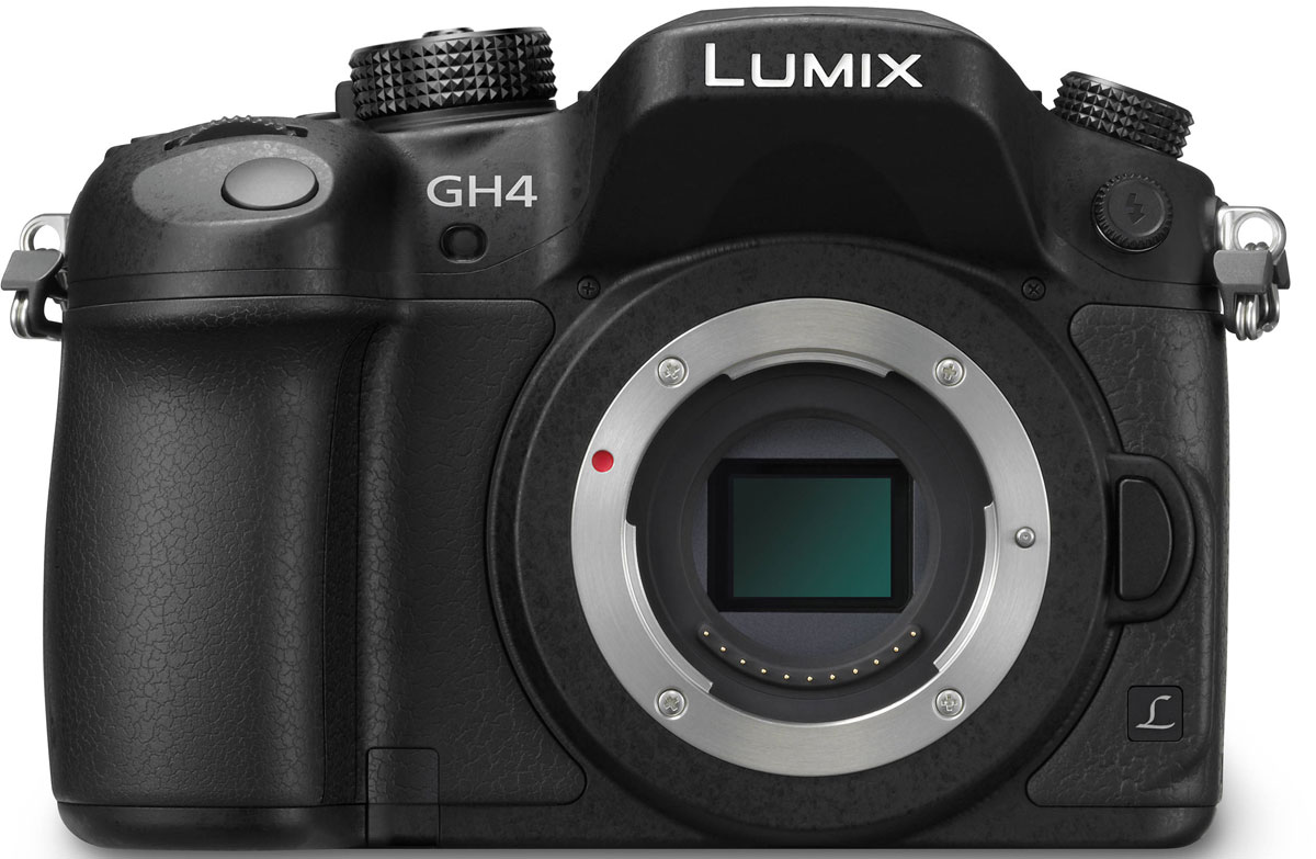 Panasonic Lumix DMC-GH4 Body, Black цифровая фотокамераDMC-GH4EE-KPanasonic Lumix DMC-GH4 - продвинутая цифровая беззеркальная фотокамера.Четырехъядерный процессор обработки изображений Venus Engine обеспечивает скоростную обработку сигнала. Сочетание нового Digital Live Mos сенсора и процессора Venus Engine значительно улучшает чувствительность (макс. 25 600 единиц ISO), эффективность передачи градации тонов, разрешение и цветопередачу, благодаря чему качество изображения становится еще выше. В результате, изображение максимально естественно, а это именно то, на что ориентирована продукция Lumix.Новая гибридная фото/видео камера DMC-GH4 обеспечивает профессиональное качество съемки и соответствует стандартам записи видео с разрешением 4 К (формат Cinema 4К: 4 096 х 2 160 / 24 кадра в секунду и формат QFHD 4К: 3 840 х 2 160 / до 30 кадров в секунду) в форматах MOV и МР4. Новинка позволяет снимать Full НО -видео с ультравысоким битрейтом 200 Мбит/с (ALL-lntra) или 100 Мбит/с (IPB) без ограничения времени записи1 2. Кроме того, в DMC-GH4 появилось множество новых функций, необходимых для профессиональной видеосъемки.Корпус DMC-GH4 выполнен из прочного магниевого сплава, и рассчитан на самое агрессивное использование, а все узлы, переключатели и кнопки защищены от попадания влаги и пыли. Затвор, способный отрабатывать выдержки со скоростью до 1/8000, также был переработан — его срок службы теперь составляет 200000 срабатываний.Новый Digital Live MOS-сенсор с разрешением 16,05 Мпикс отличается высокой светочувствительностью, скоростью работы и отсутствием эффекта роллинг шаттер при видеосъемке или использовании электронного затвора. Среди преимуществ нового сенсора также стоит отметить расширение диапазона градации тонов на 1/3 ступени (макс.) при низкой чувствительности ISO. Кроме того, благодаря превосходному шумоподавлению длительность экспозиции может составлять до 60 минут.Процессор обработки изображений Venus Engine был существенно доработан. Он получил четыре ядр
