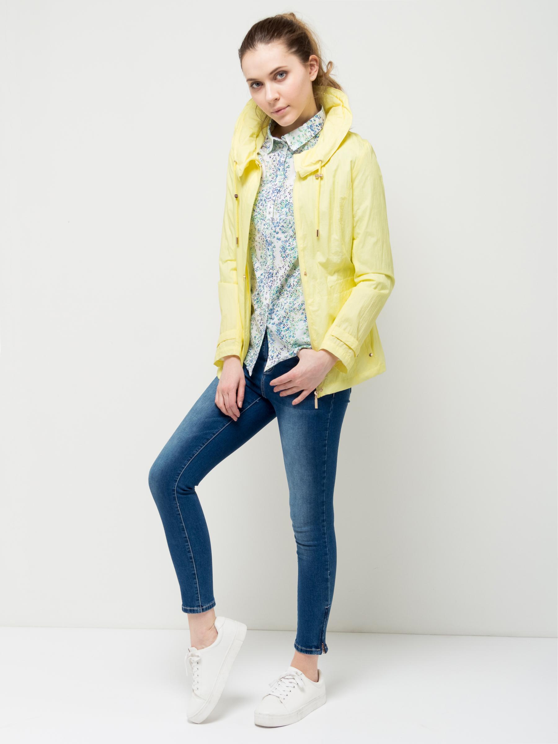Фото Ветровка женская Sela, цвет: желтый. CWB-126/994-7112. Размер M (46)