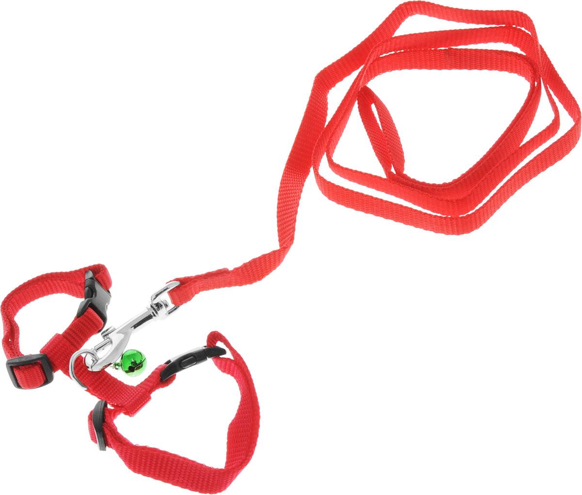 Шлейка для грызунов Каскад, с поводком, цвет: красный, ширина 10 мм, обхват груди 20-30 см01210011-02Шлейка изготовлена из прочного нейлона и дополнена бубенчиком, подходит для домашних грызунов. Крепкие металлические элементы делают еенадежной и долговечной. Шлейка - это альтернатива ошейнику. Правильно подобранная шлейка не стесняет движения питомца, не натирает кожу, поэтому животное чувствует себя в ней уверенно и комфортно. Размер регулируется при помощи пряжки.В комплекте поводок с металлическим карабином.Обхват груди: 20-30 см. Ширина шлейки: 1 см.Длина поводка: 108 см.