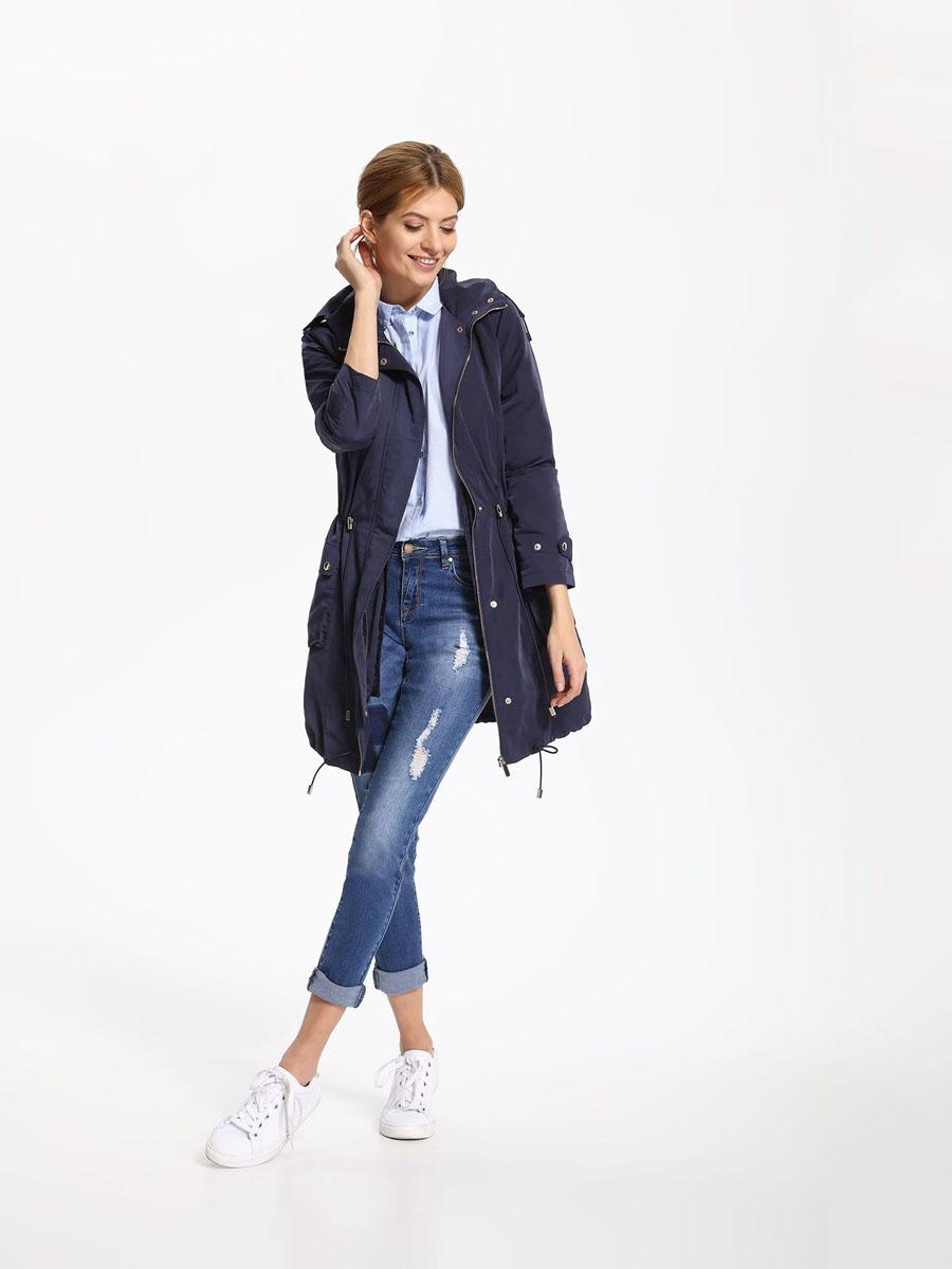 Куртка женская Top Secret, цвет: темно-синий. SKU0752GR. Размер 42 (50)SKU0752GRСтильная женская куртка Top Secret отлично подойдет для прохладной погоды. Модель с капюшоном выполнена из высококачественного материала, застегивается на молнию и дополнительно ветрозащитным клапаном на кнопки. Внутри к куртке можно пристегнуть на пуговицы жилет, выполненный из полиэстера и утепленный тонким слоем синтепона. Изделие дополнено двумя небольшими карманами с клапанами на кнопках. Низ куртки и талия дополнены эластичными кулисками со стопперами. В такой куртке вы всегда будете чувствовать себя уютно и комфортно.