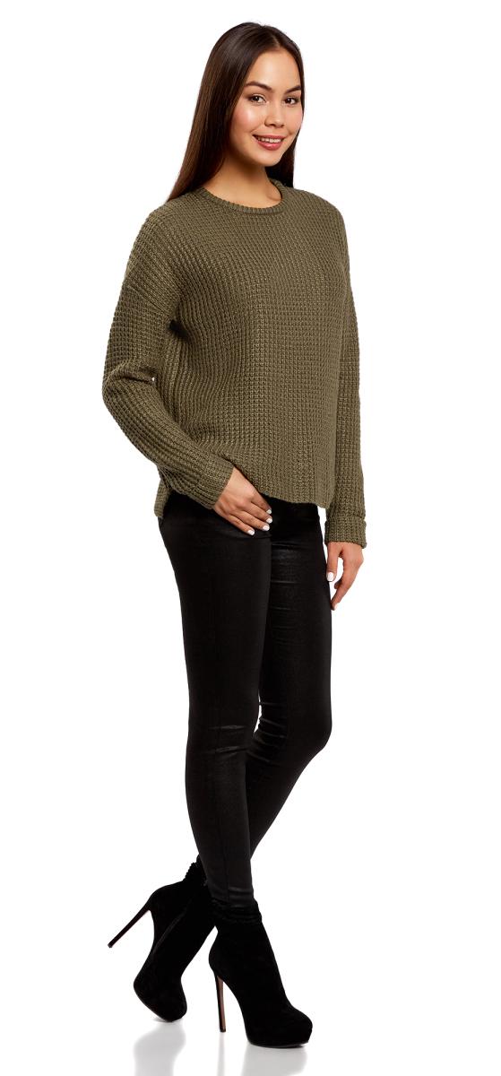 Джемпер женский oodji Ultra, цвет: темный хаки. 63805274-1/43234/6800N. Размер XS (42)63805274-1/43234/6800NДжемпер свободного силуэта с отворотами на рукавах и удлиненной спинкой выполнен из акриловой пряжи.